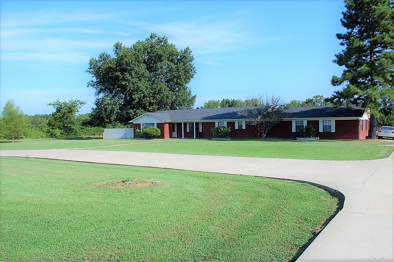 Large photo 48 of home for sale at 753 Hutcherson Road, Russellville, AR