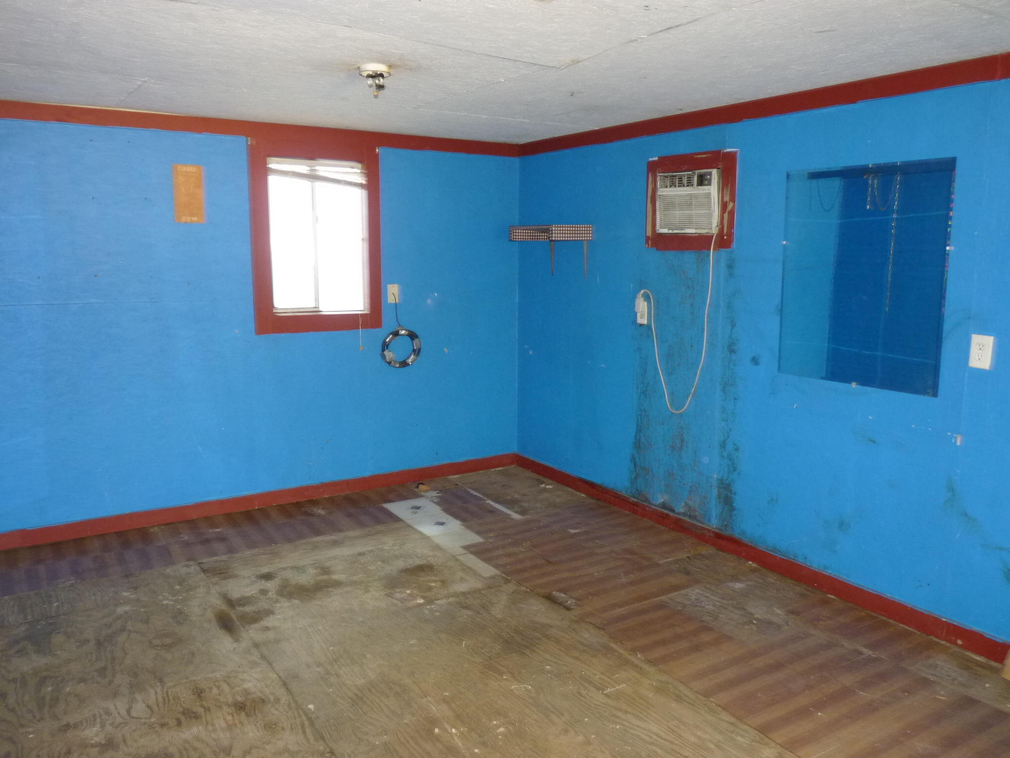 Large photo 9 of home for sale at 905 9th Street, Russellville, AR
