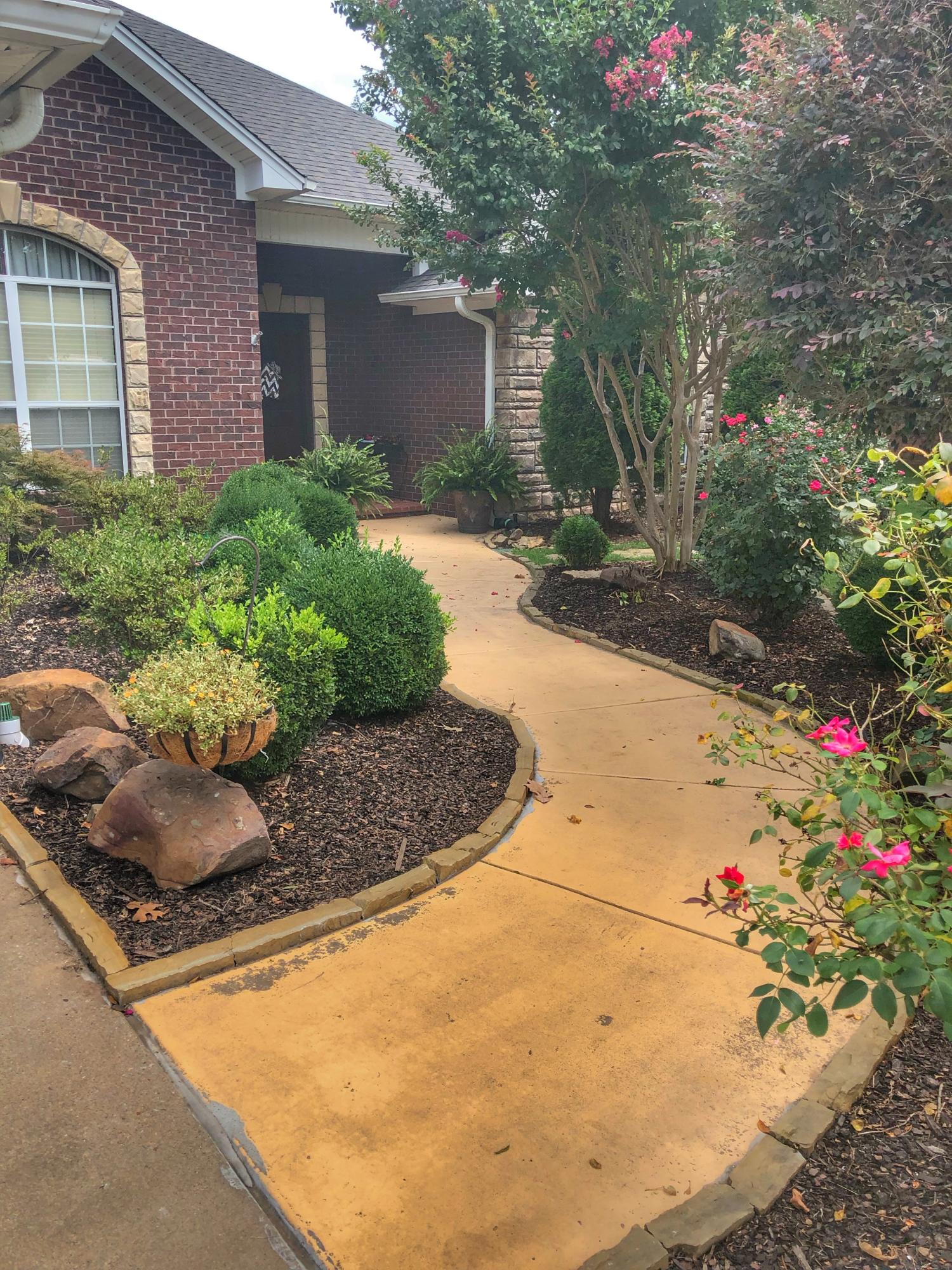 Large photo 8 of home for sale at 2410 8th Street, Russellville, AR
