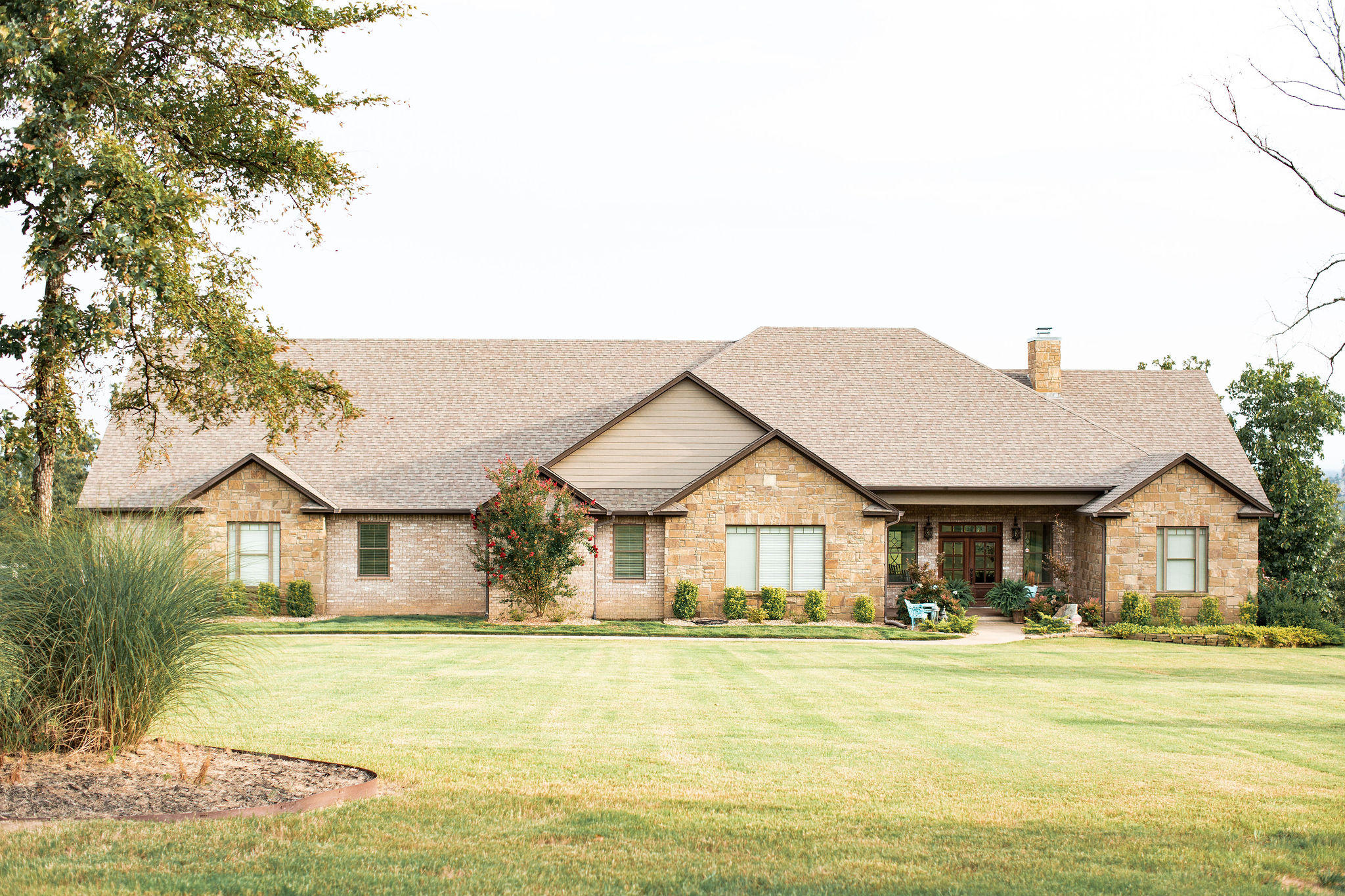 Large photo 2 of home for sale at 424 Riverstone Street, Russellville, AR