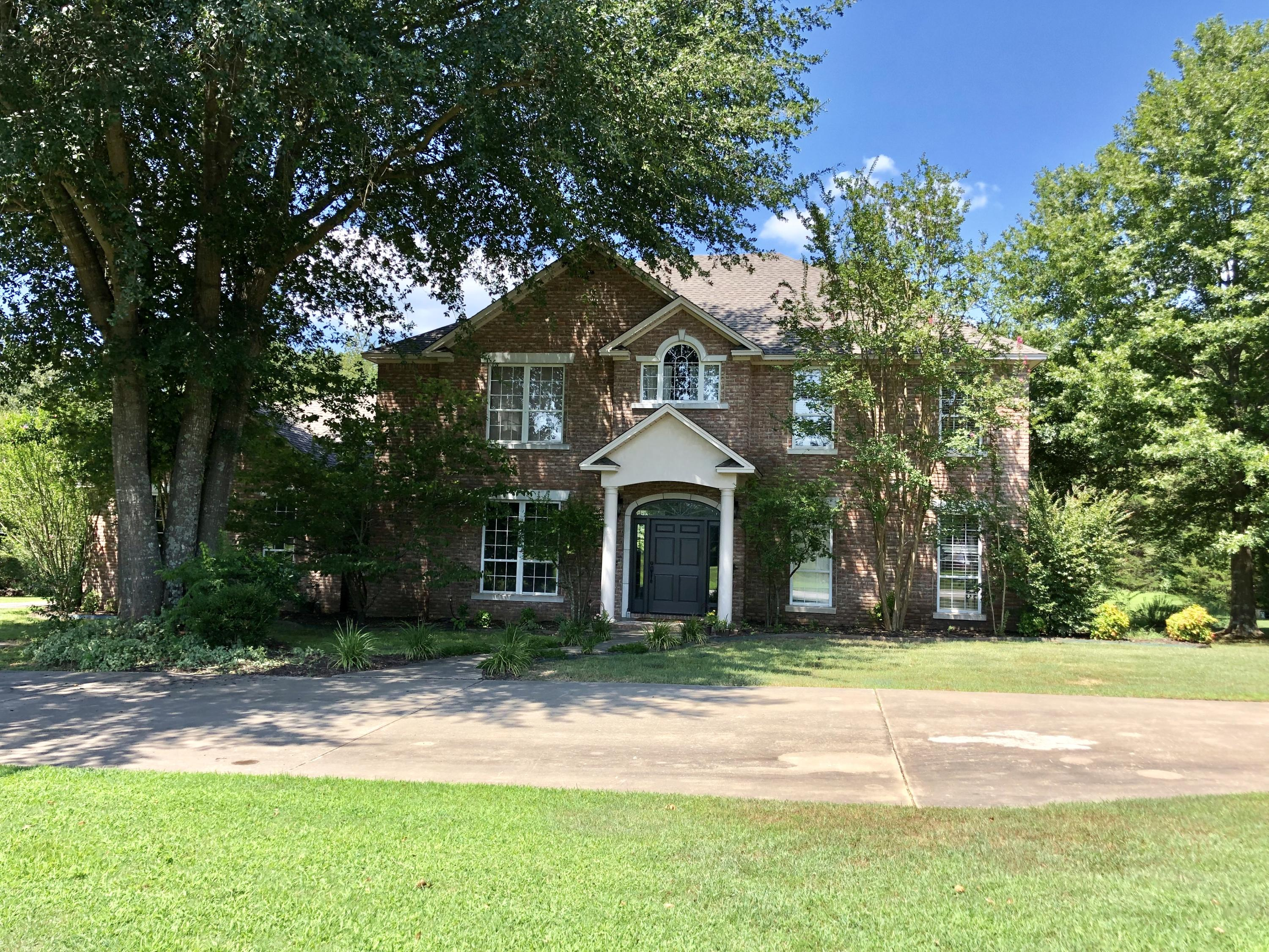 Large photo 1 of home for sale at 424 Bayou Ridge Loop, Dover, AR