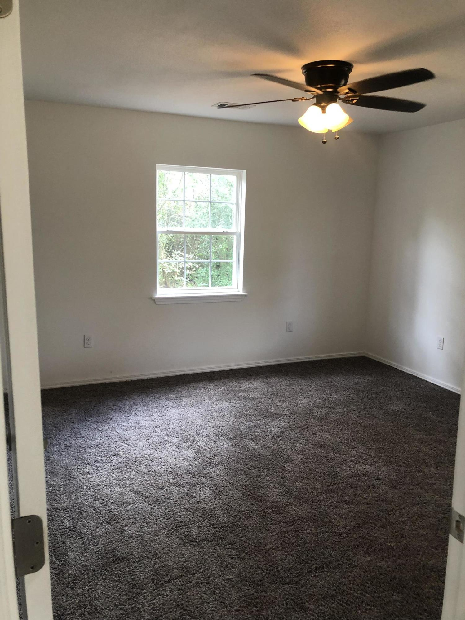 Large photo 8 of home for sale at 9 Wheeler Lane, Pottsville, AR