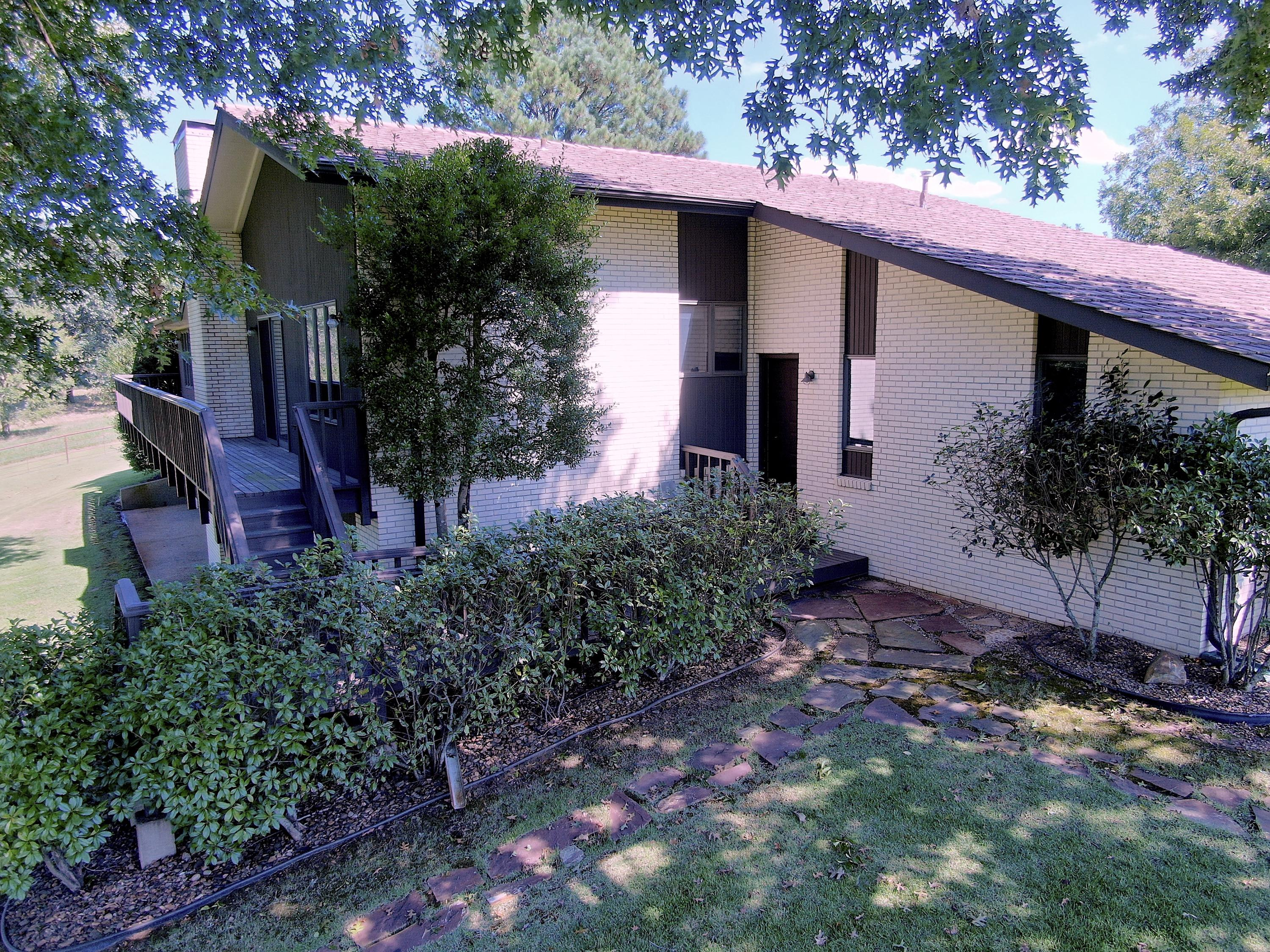 Large photo 10 of home for sale at 18015 E. State Highway 28 , Ola, AR