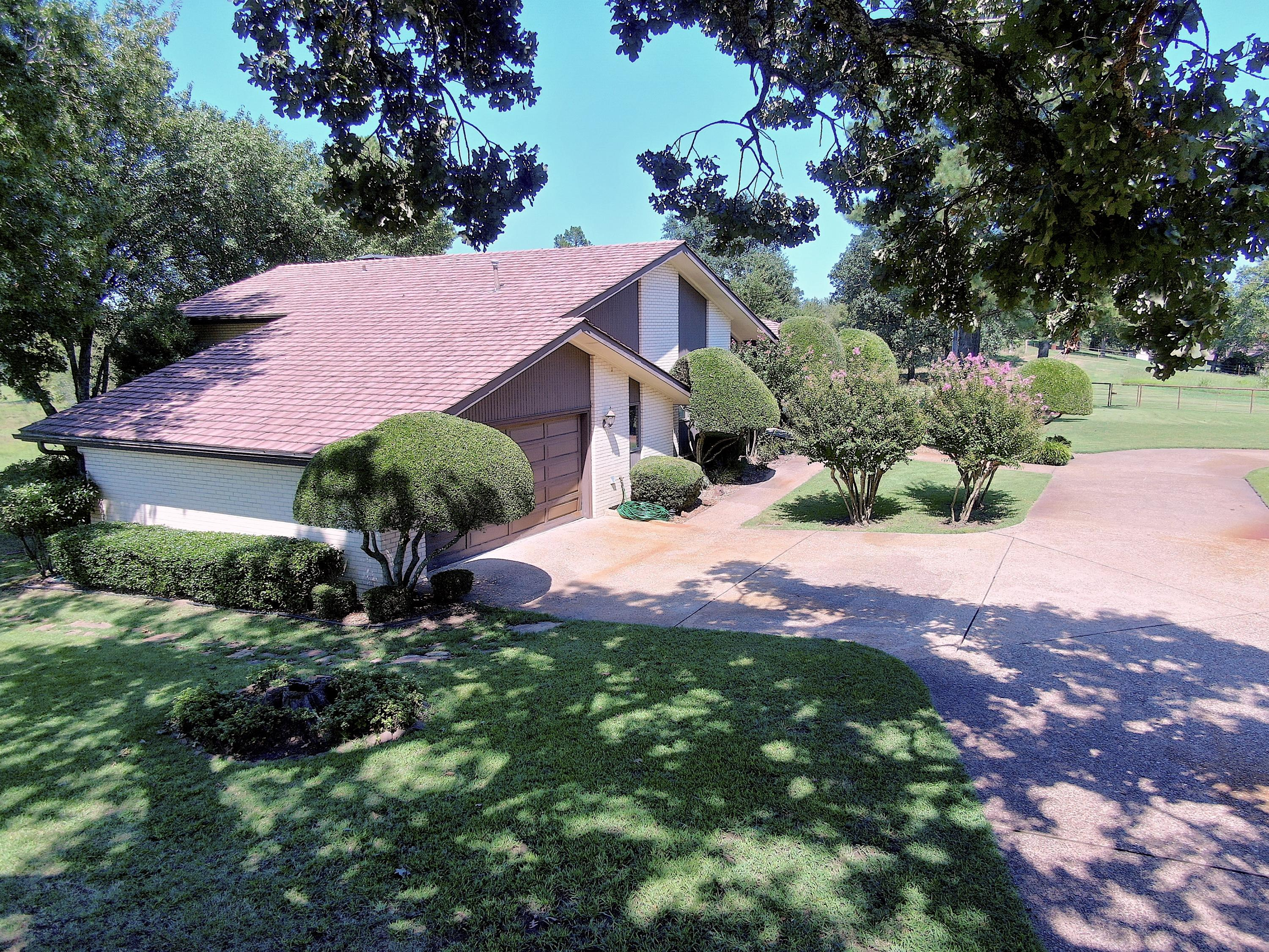 Large photo 8 of home for sale at 18015 E. State Highway 28 , Ola, AR