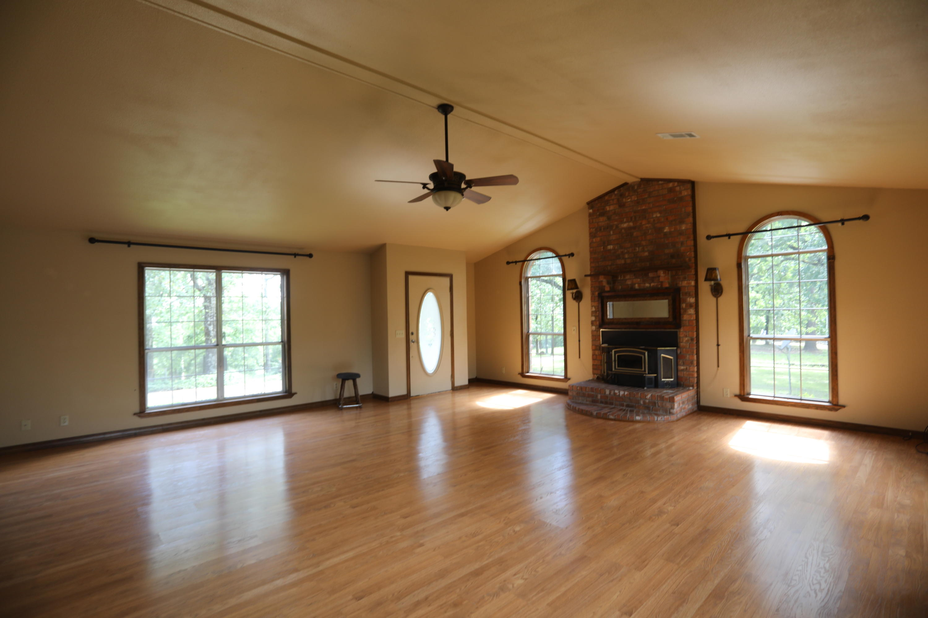 Large photo 4 of home for sale at 446 Kendrick Lane, Atkins, AR