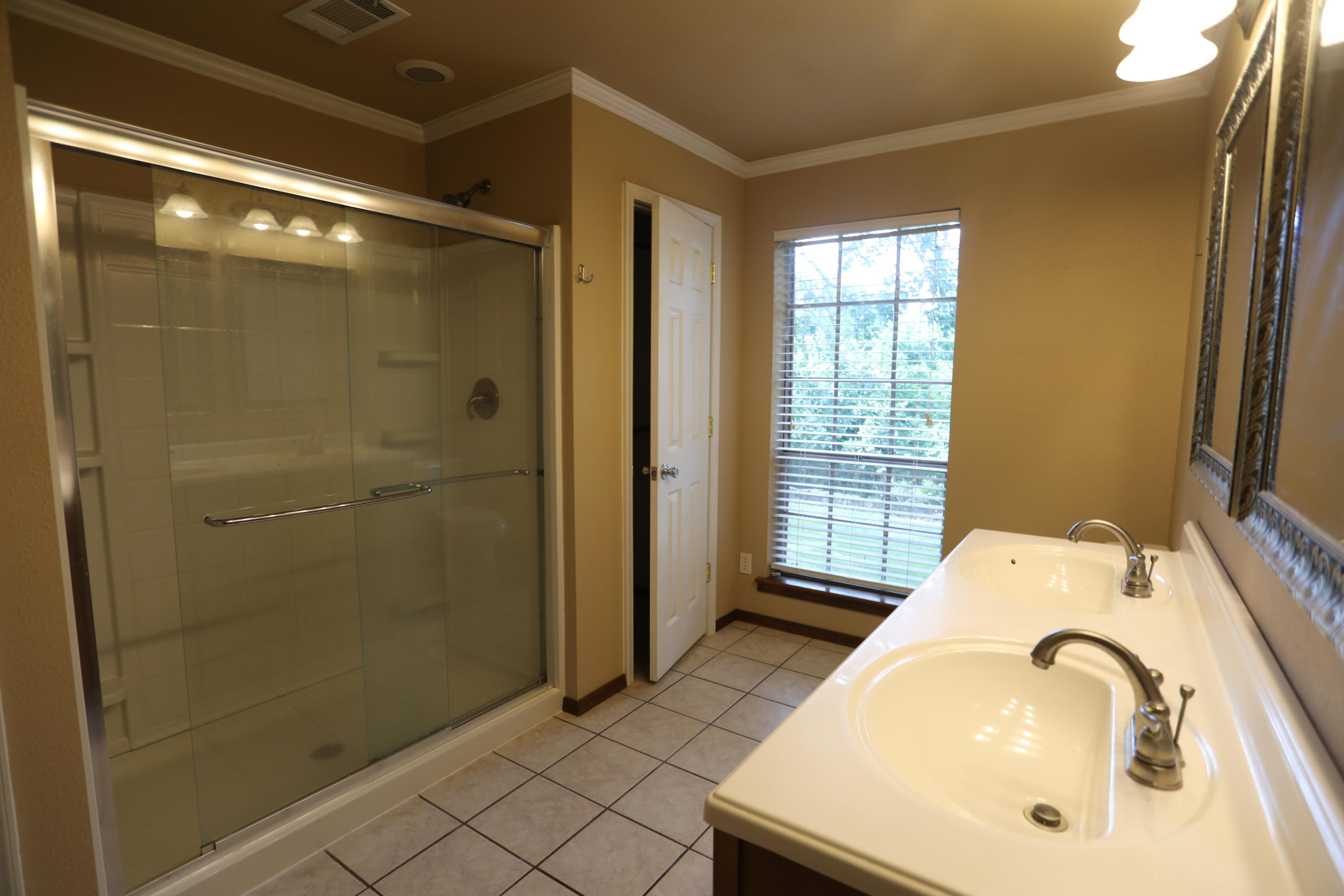 Large photo 12 of home for sale at 446 Kendrick Lane, Atkins, AR