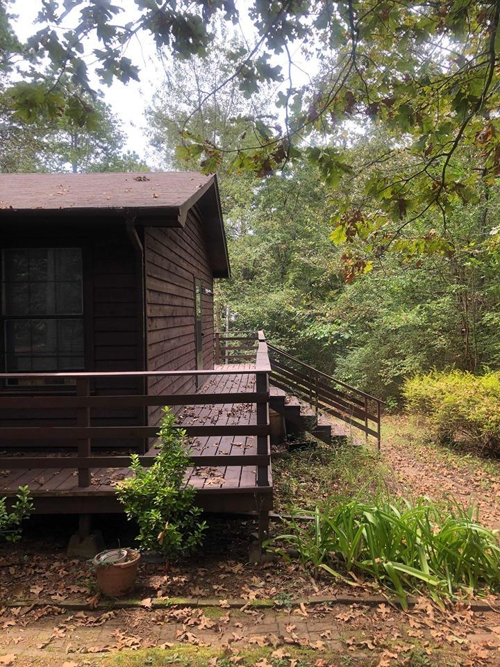 Large photo 10 of home for sale at 984 Mill Creek Drive, Russellville, AR