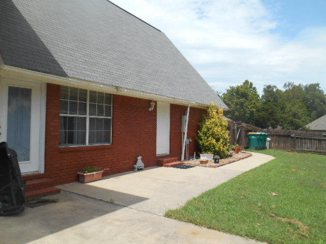 Large photo 2 of home for sale at 405 Waco Avenue, Russellville, AR