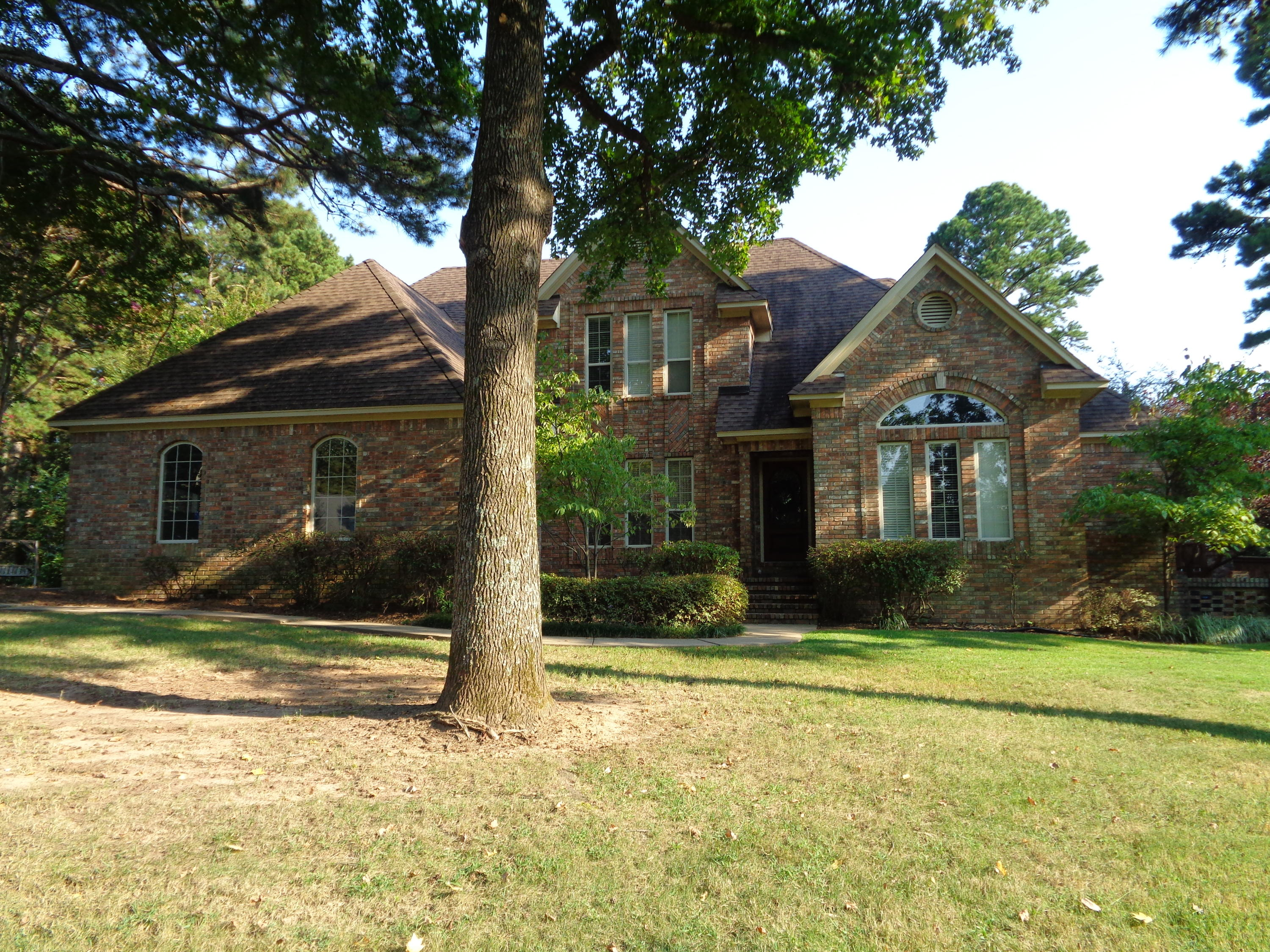 Large photo 1 of home for sale at 3307 Half Moon Lane, Russellville, AR