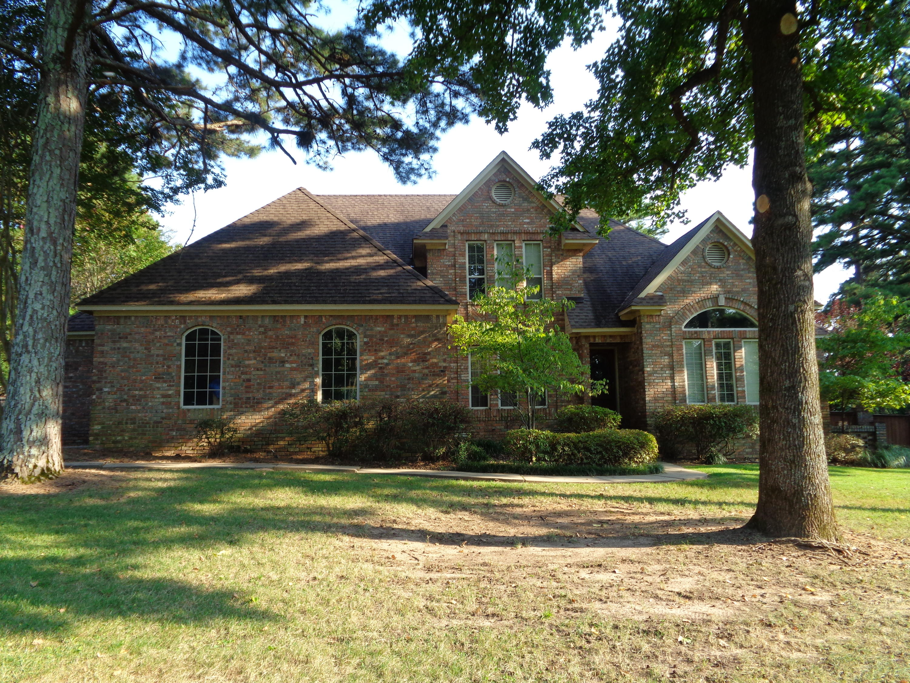 Large photo 2 of home for sale at 3307 Half Moon Lane, Russellville, AR