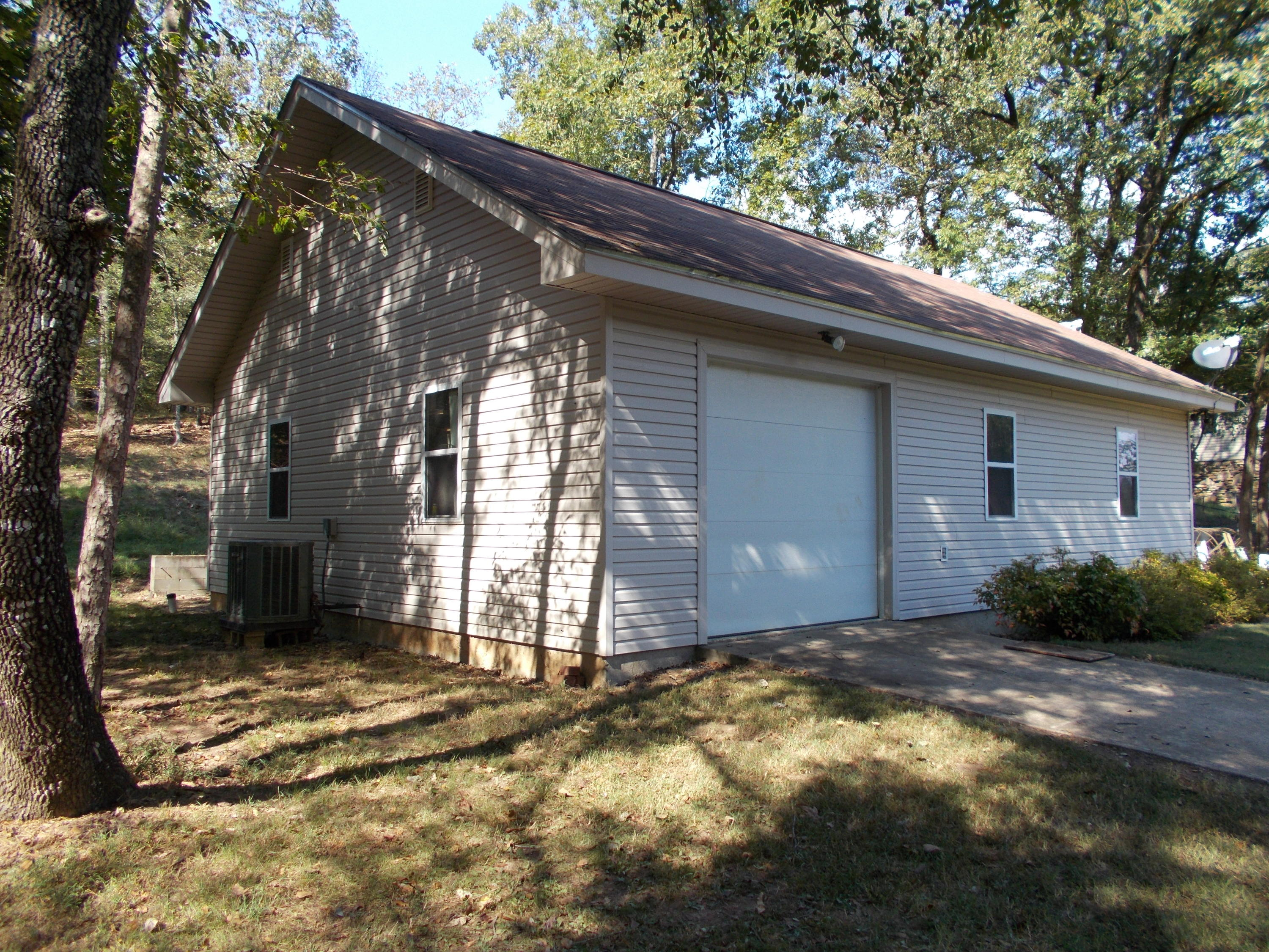 Large photo 9 of Knoxville home for sale at 1777 Co Rd 2608 , Knoxville, AR