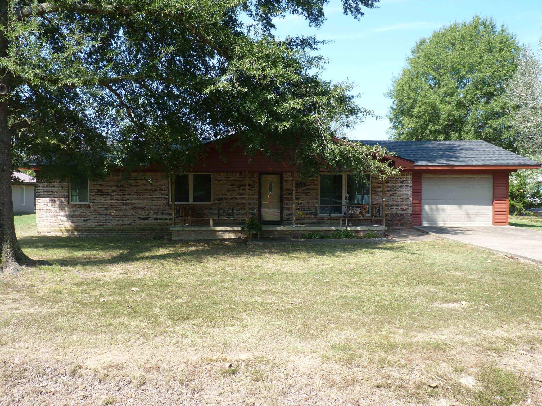 Large photo 2 of home for sale at 401 Main Street, Belleville, AR