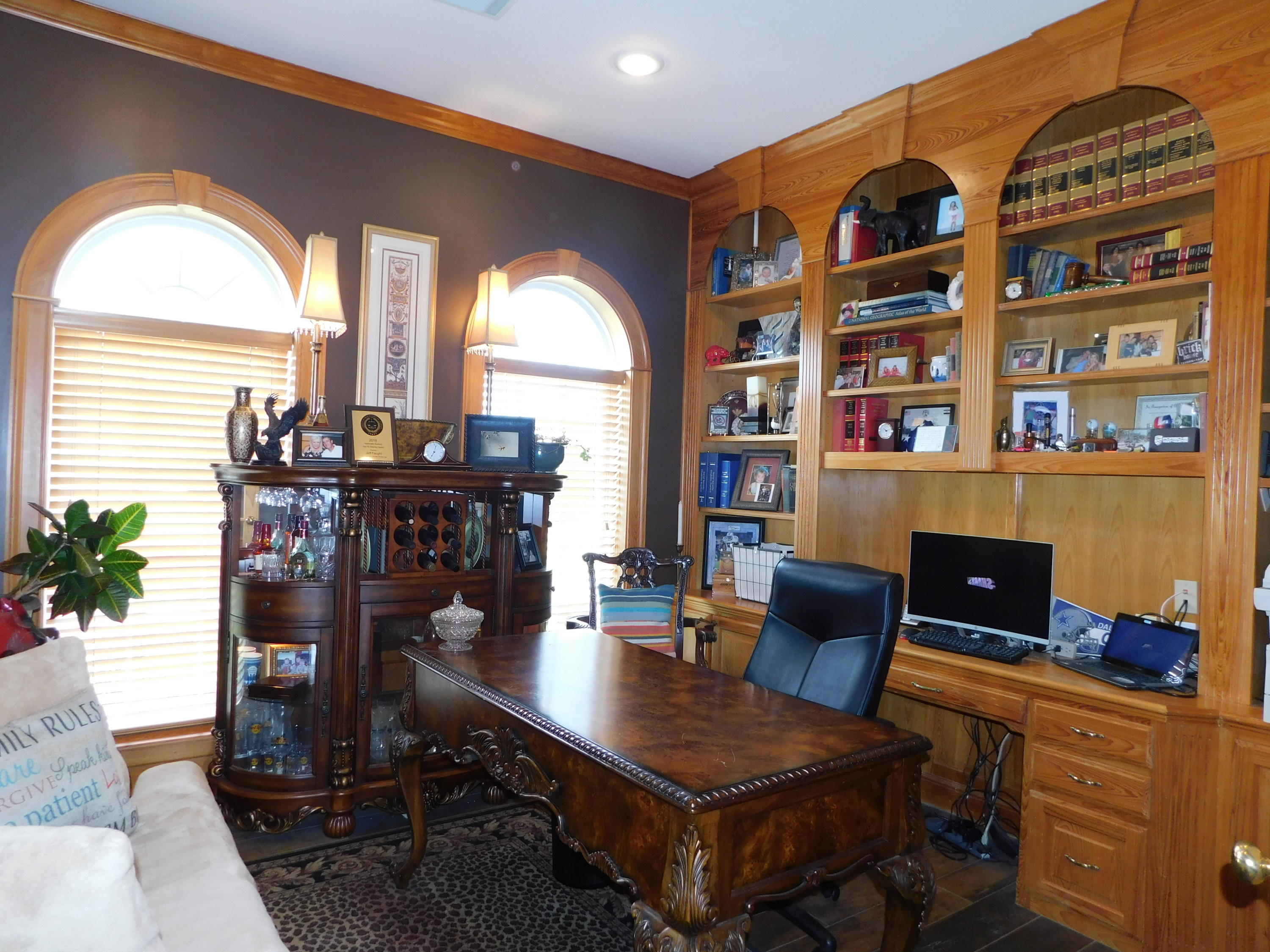 Large photo 10 of home for sale at 401 Ruth Lane, Russellville, AR
