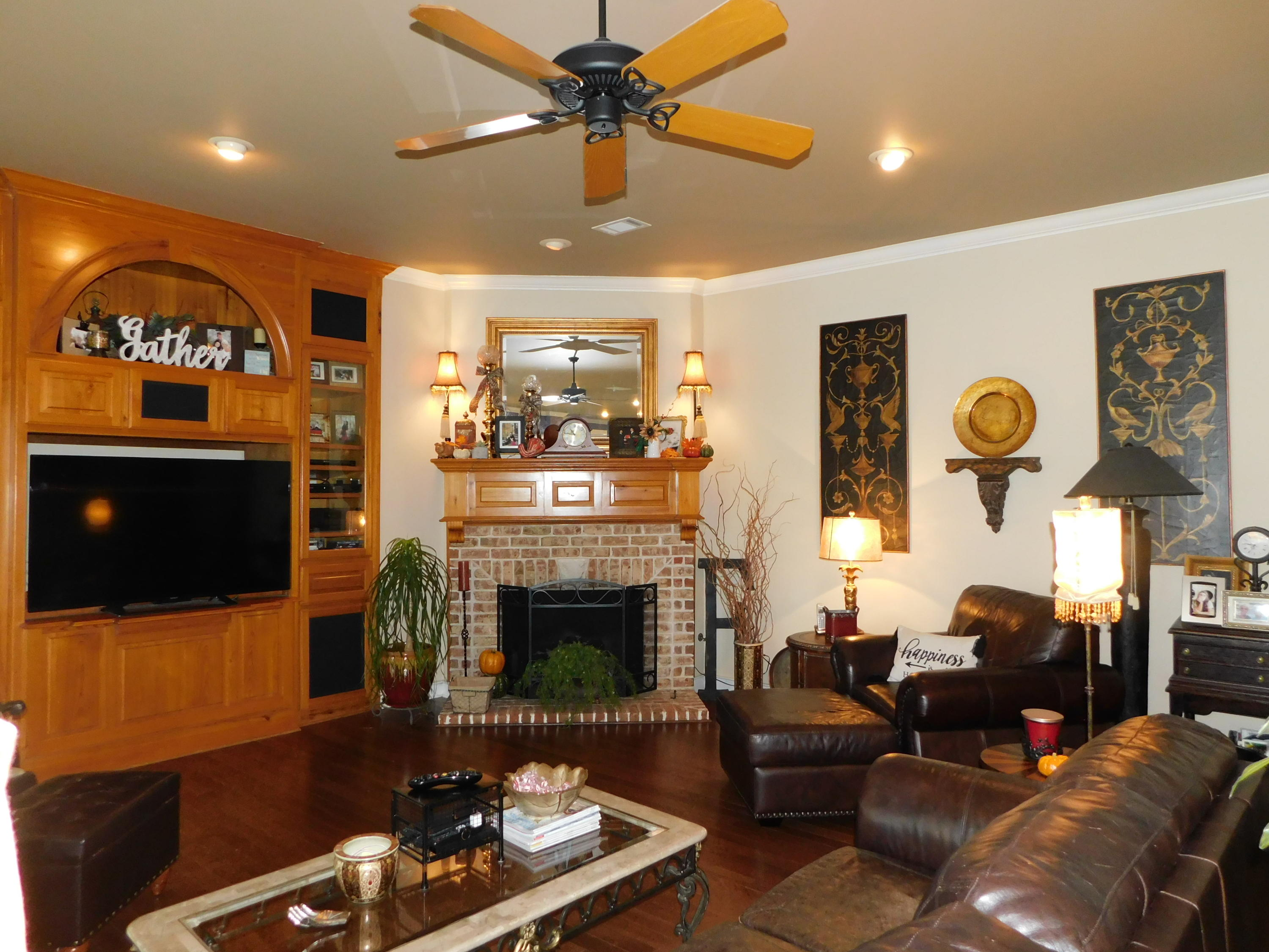 Large photo 13 of home for sale at 401 Ruth Lane, Russellville, AR