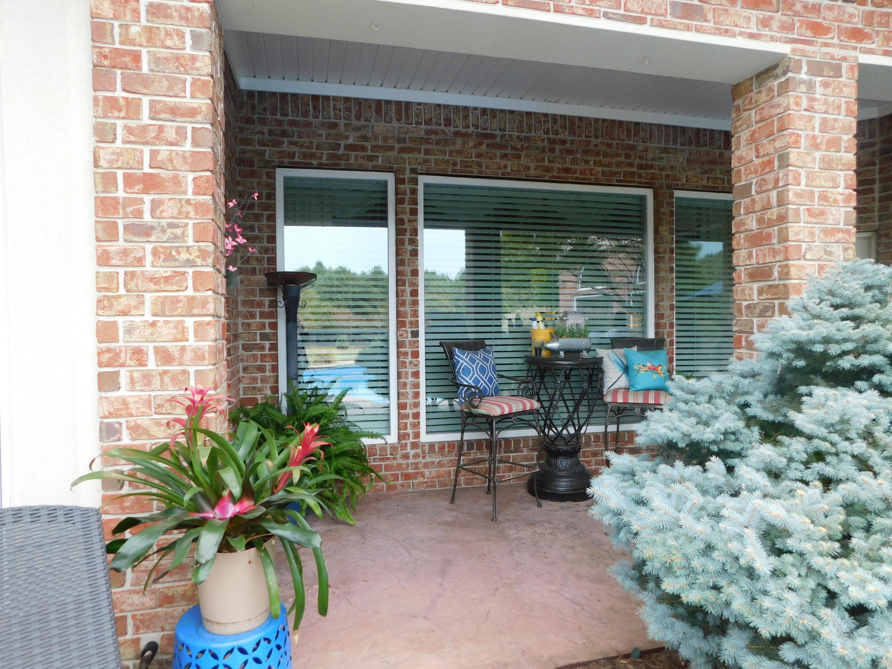 Large photo 35 of home for sale at 401 Ruth Lane, Russellville, AR