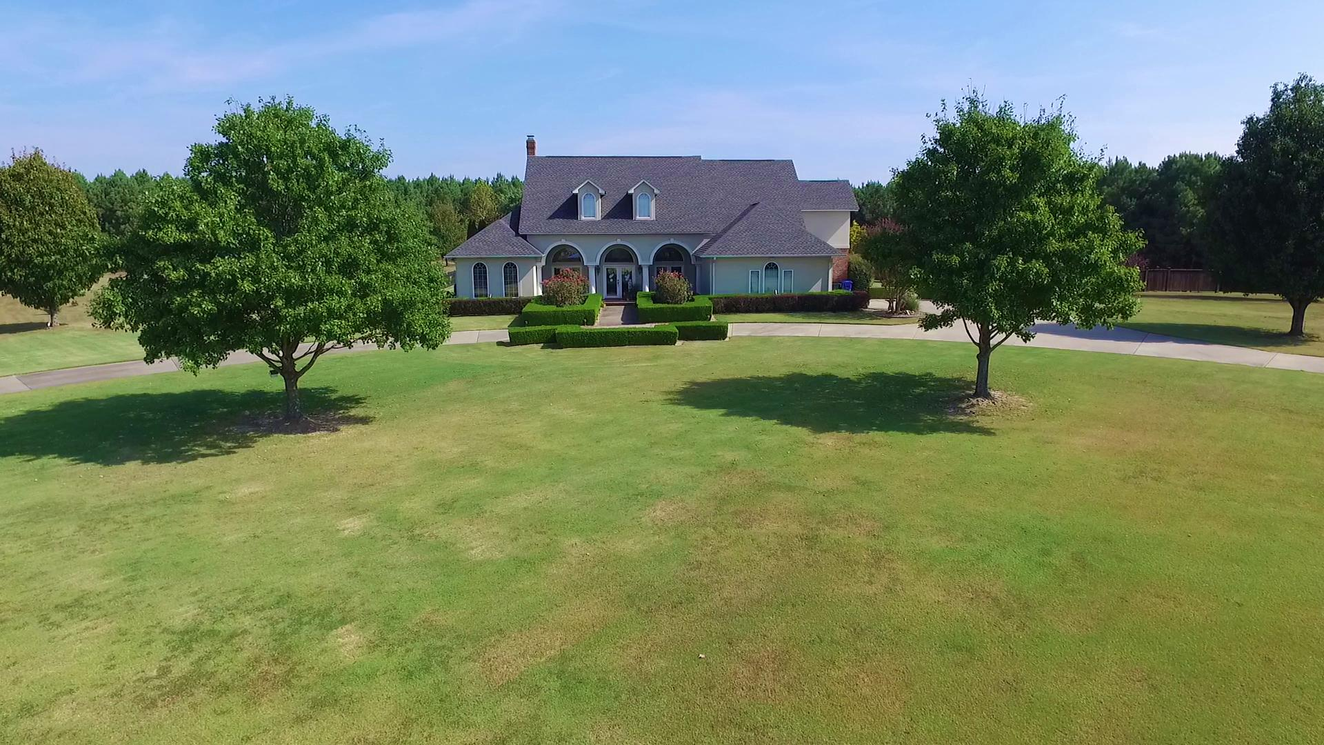 Large photo 36 of home for sale at 401 Ruth Lane, Russellville, AR