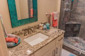 Large photo 130 of home for sale at 304 River Oaks Lane , Russellville, AR