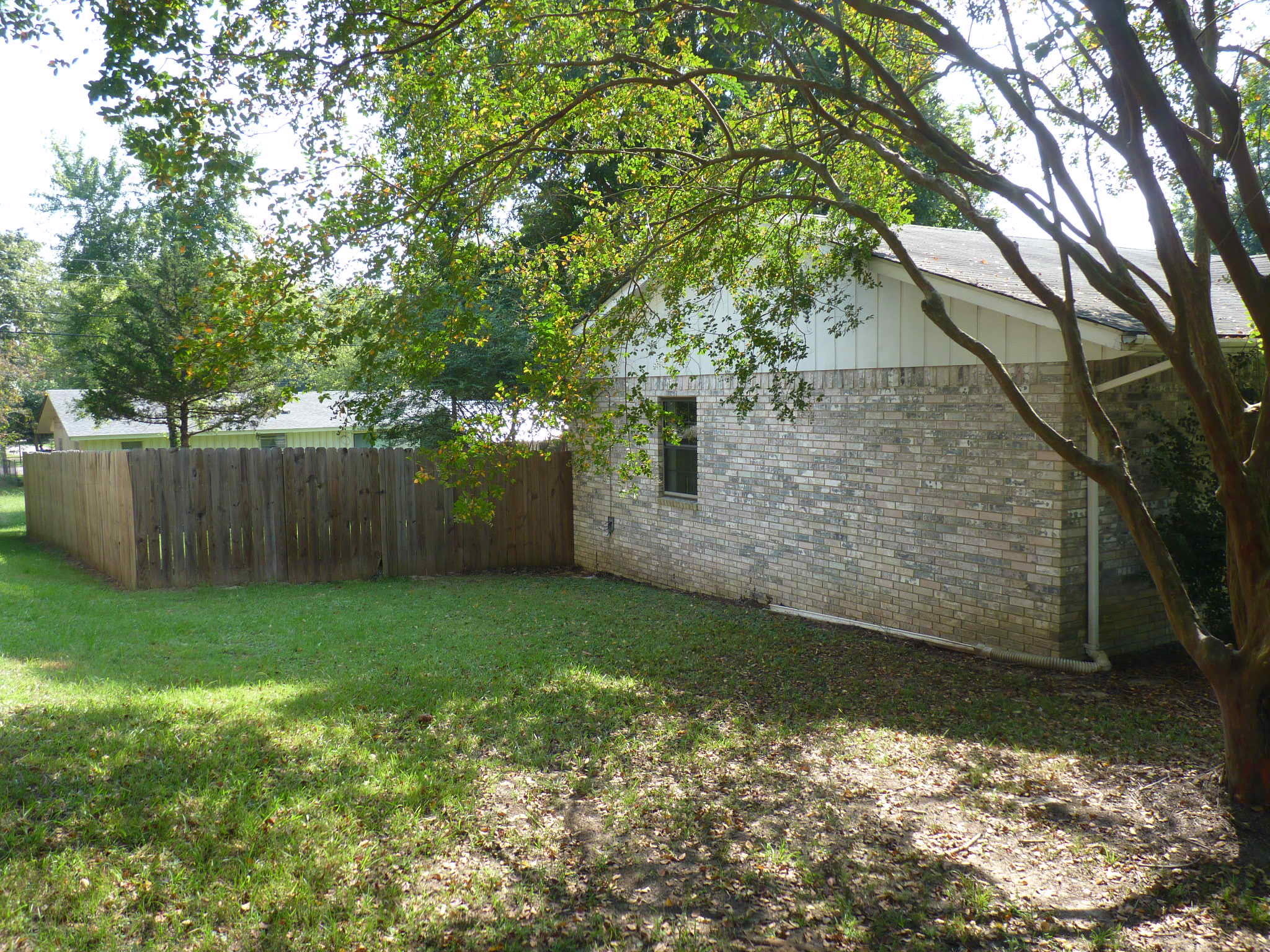 Large photo 2 of home for sale at 1110 6th Street, Dardanelle, AR