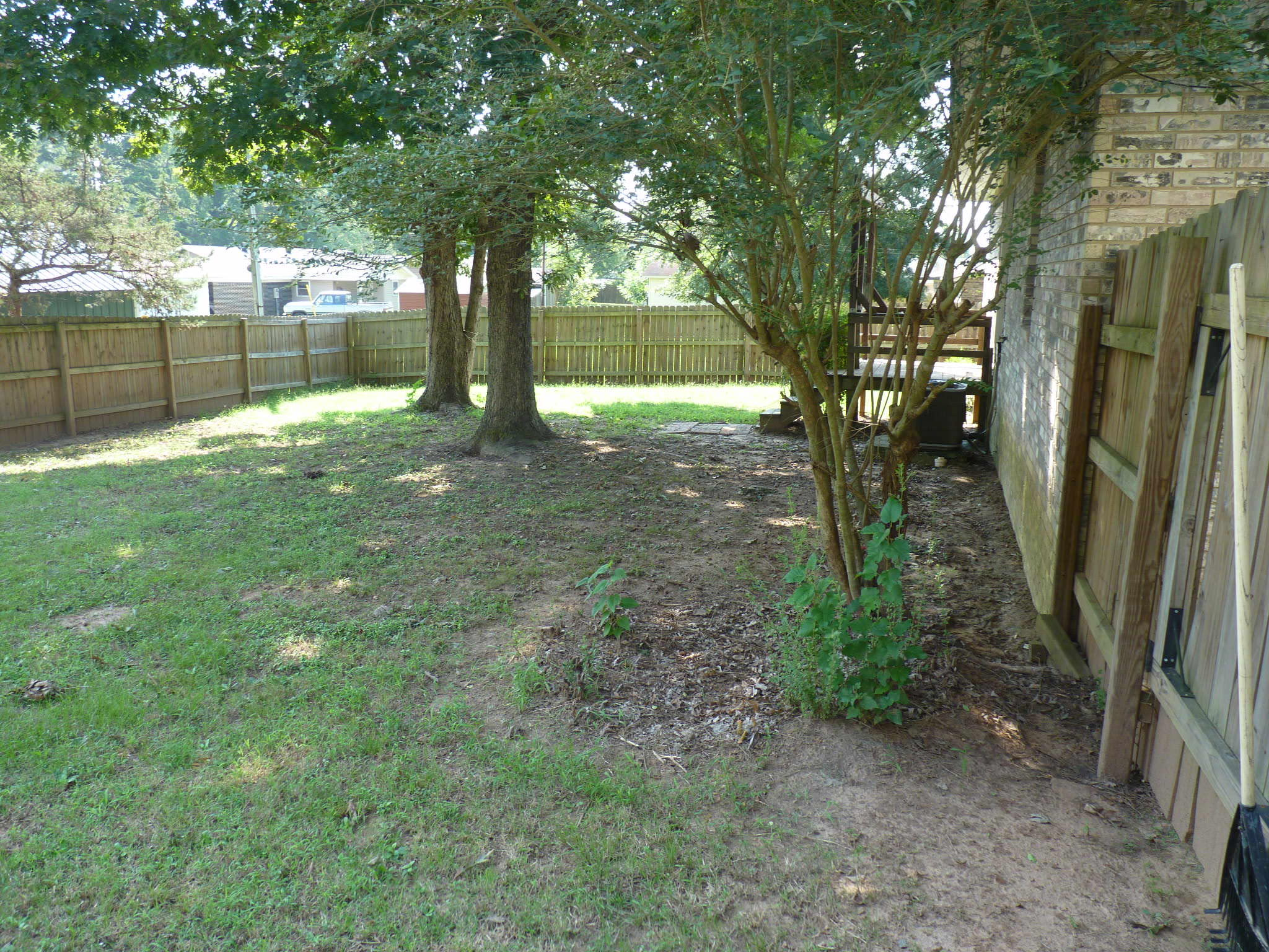 Large photo 6 of home for sale at 1110 6th Street, Dardanelle, AR