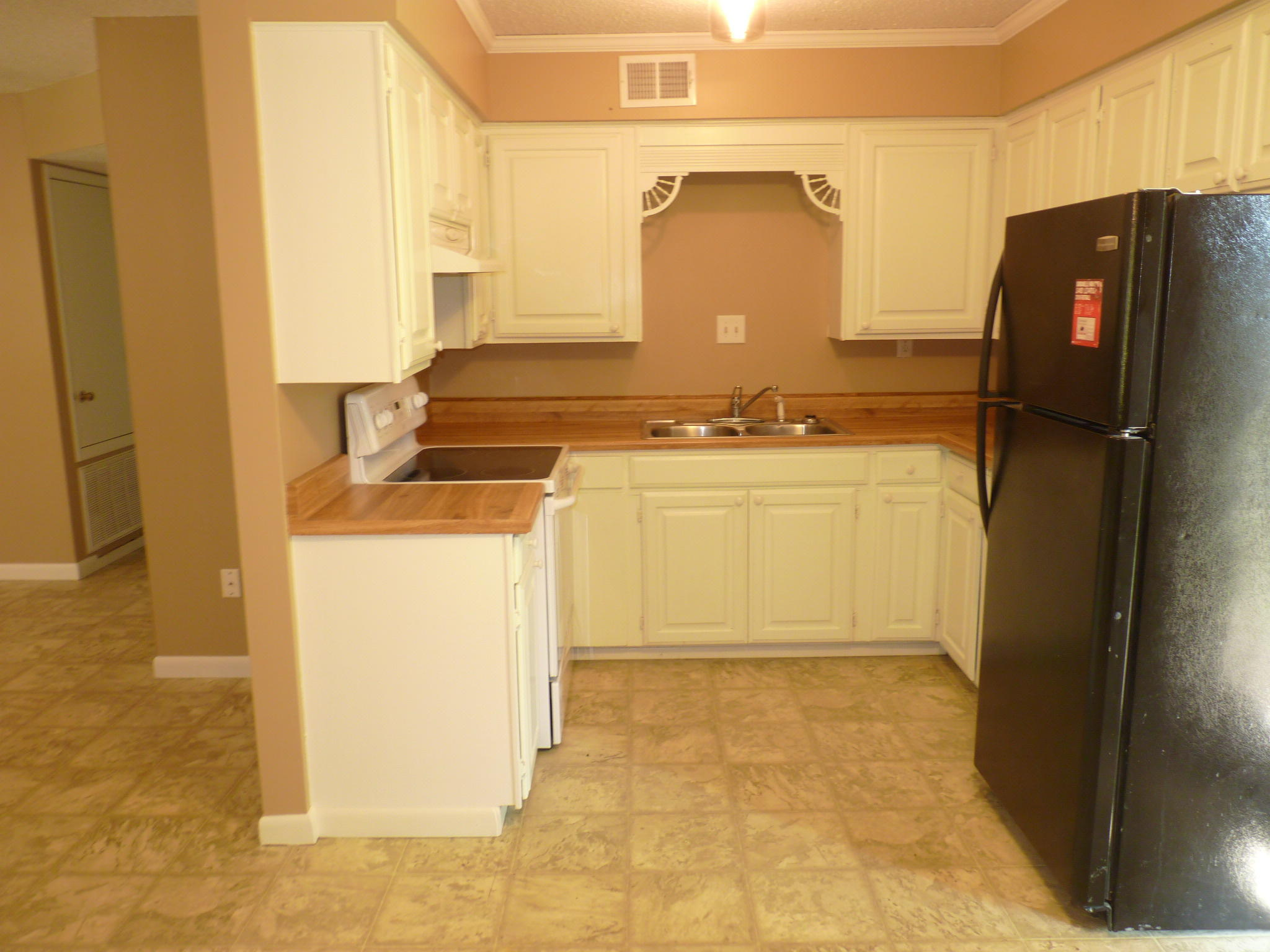 Large photo 7 of home for sale at 1110 6th Street, Dardanelle, AR