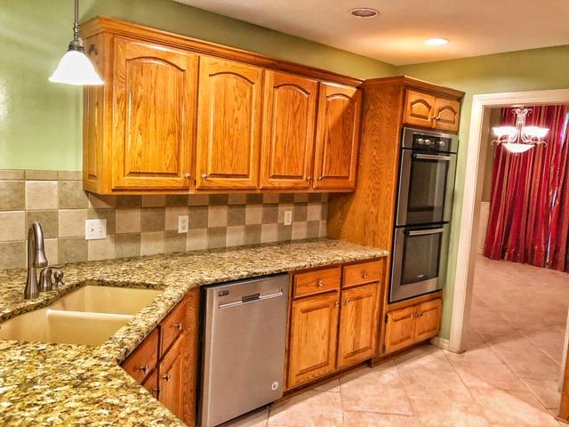 Large photo 13 of home for sale at 2410 8th Street, Russellville, AR