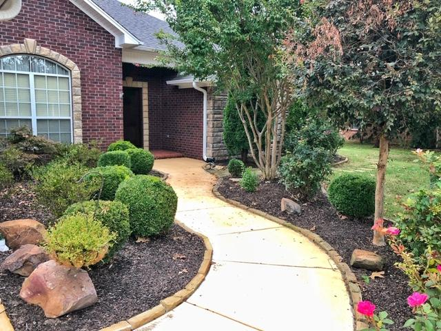 Large photo 1 of home for sale at 2410 8th Street, Russellville, AR
