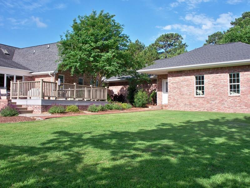Large photo 3 of home for sale at 692 Bayview Circle, Knoxville, AR