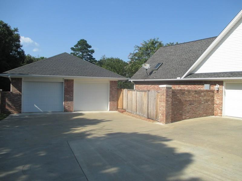 Large photo 30 of home for sale at 692 Bayview Circle, Knoxville, AR