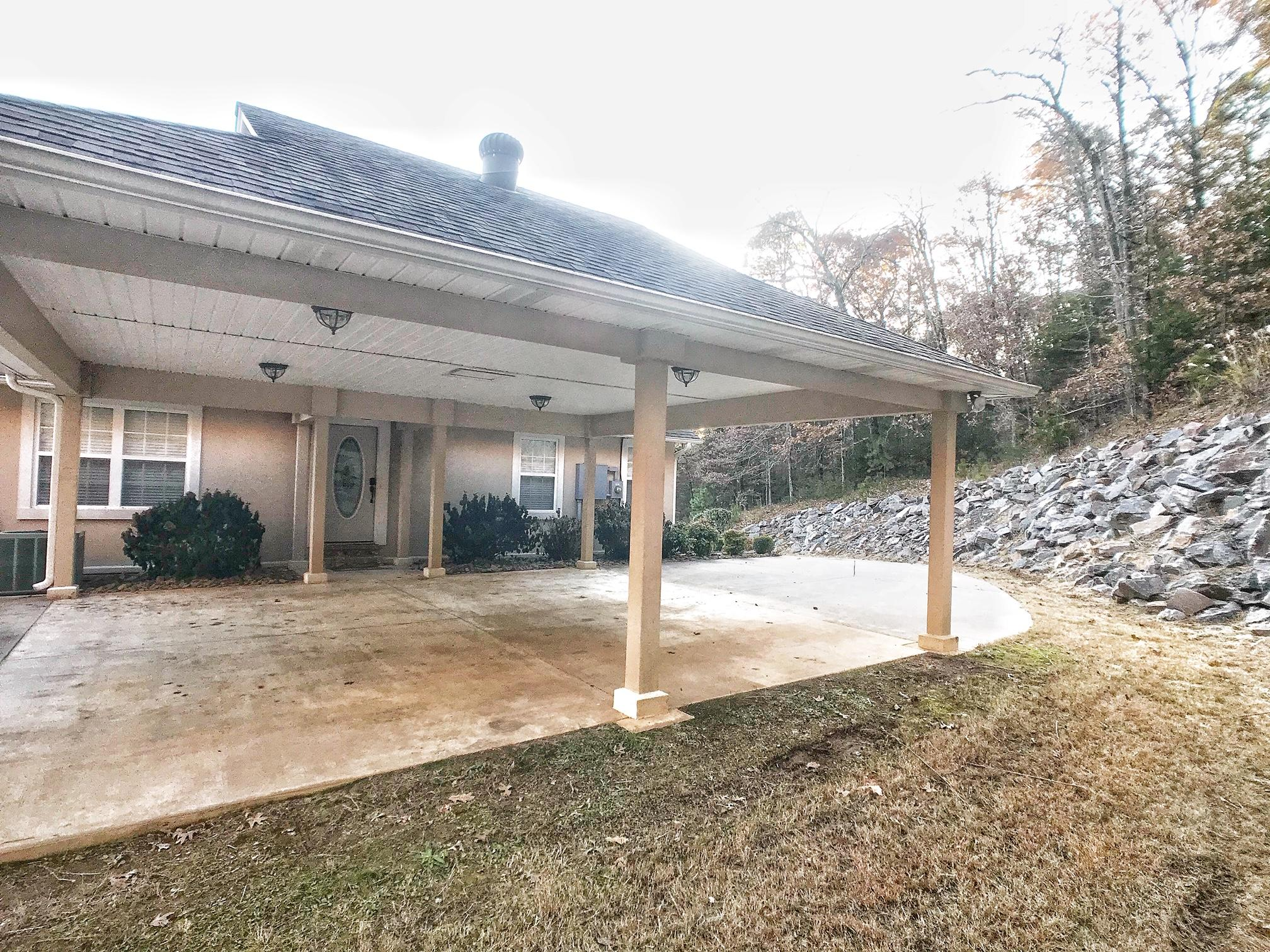 Large photo 4 of home for sale at 3715 Bailey Loop Road, Russellville, AR