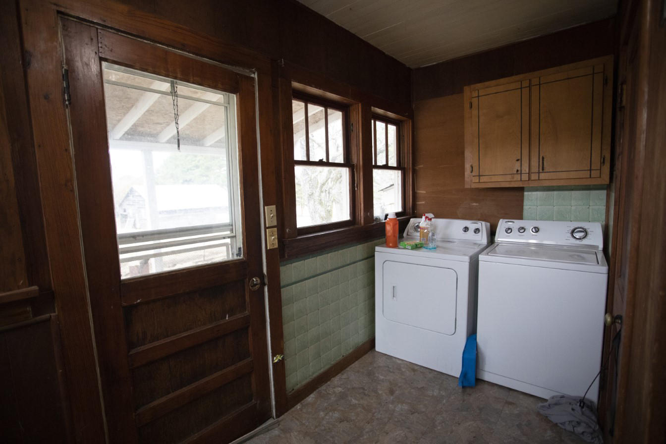 Large photo 14 of home for sale at 1381 Vaughn Circle, Dover, AR