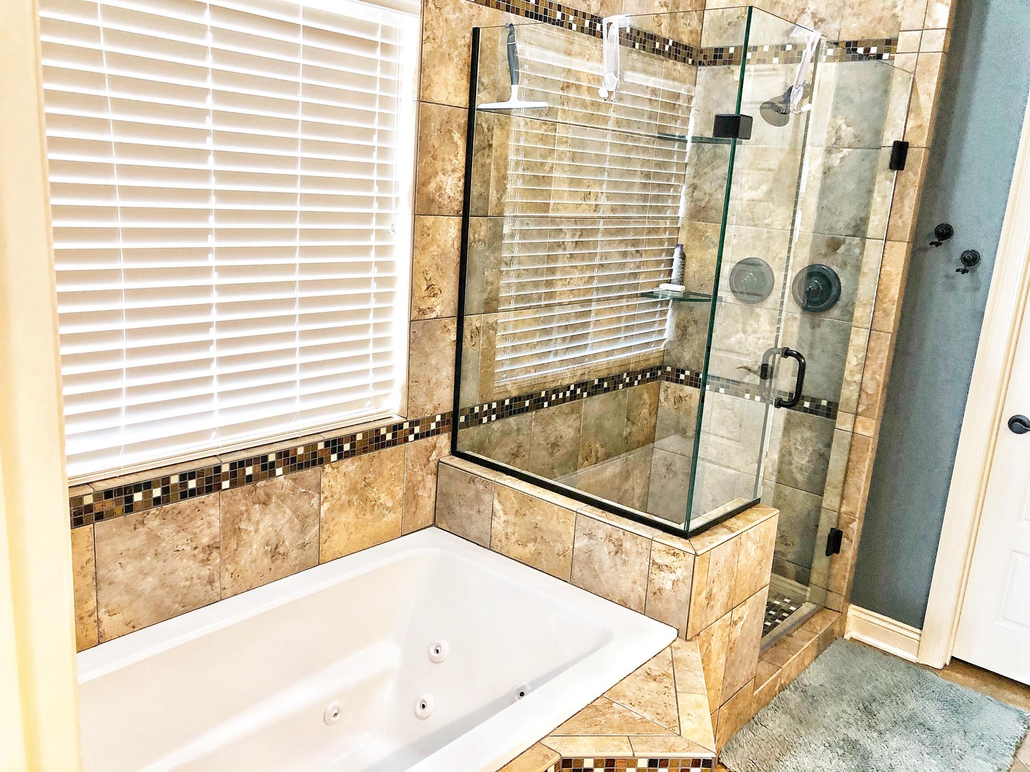 Large photo 21 of home for sale at 99 Valley View Drive, Russellville, AR