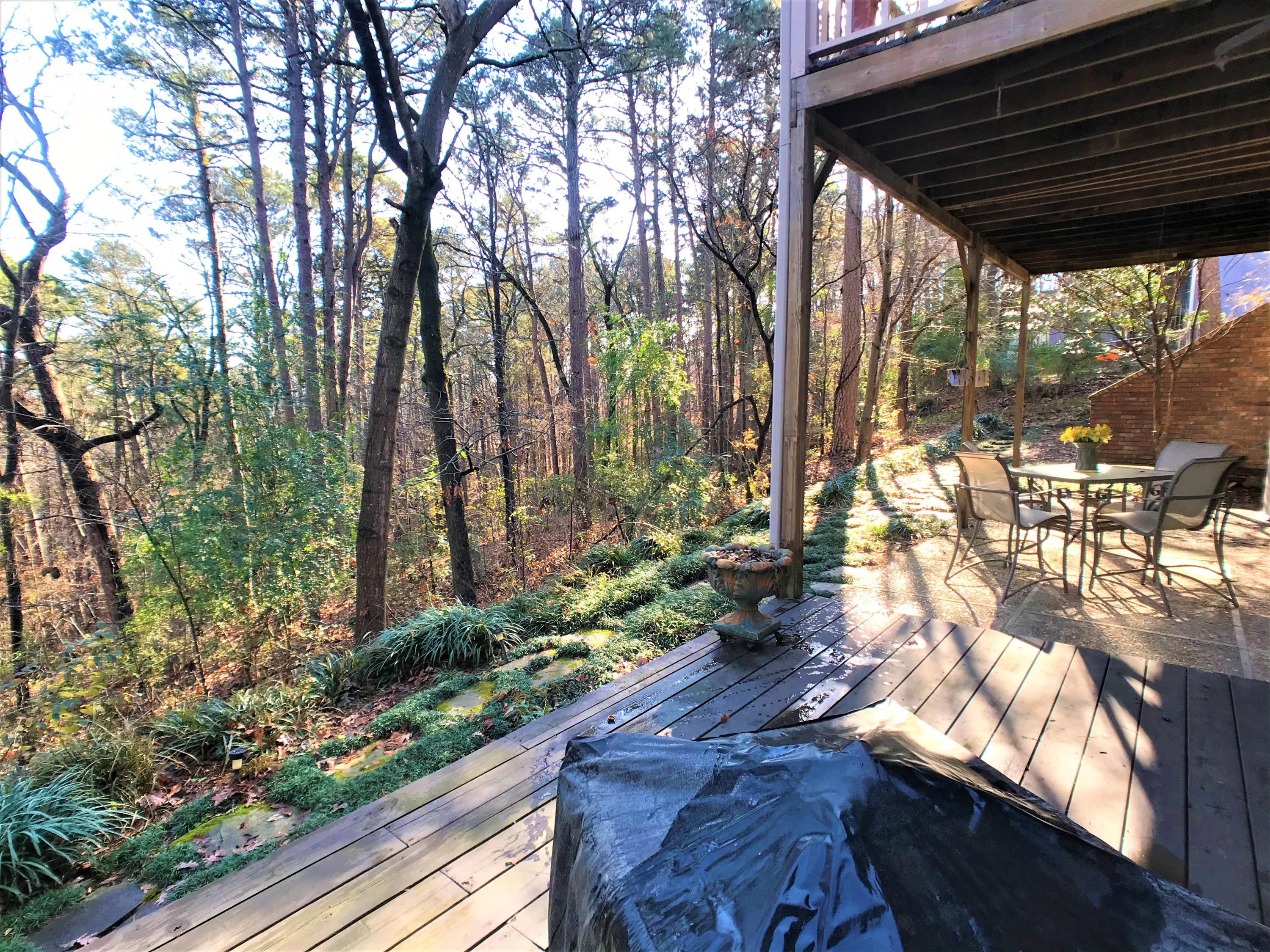 Large photo 36 of home for sale at 1616 Hilltop Drive, Russellville, AR