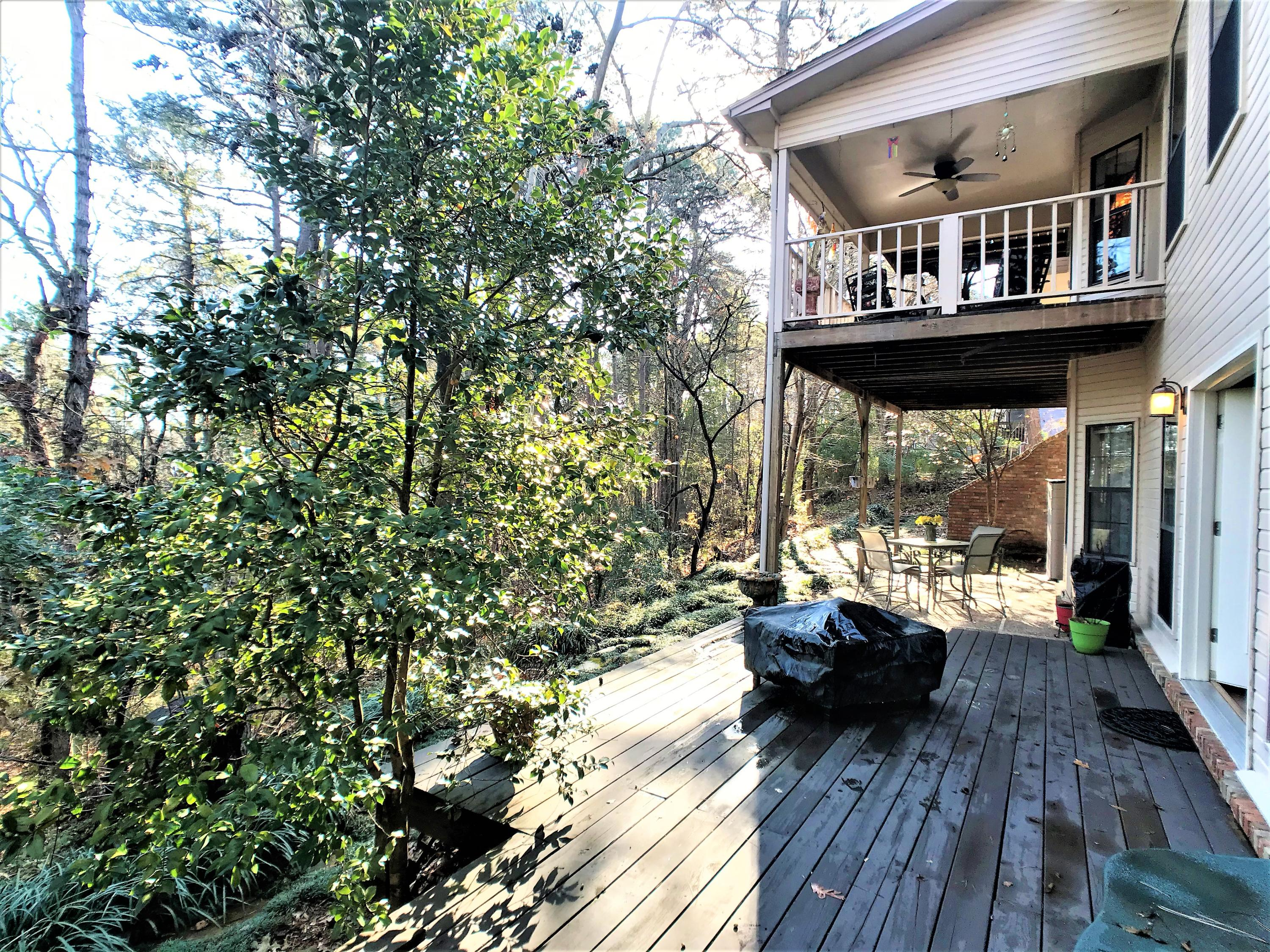 Large photo 39 of home for sale at 1616 Hilltop Drive, Russellville, AR