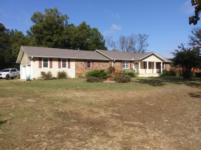 Large photo 3 of home for sale at 10148 Rob Hill Road, Dardanelle, AR
