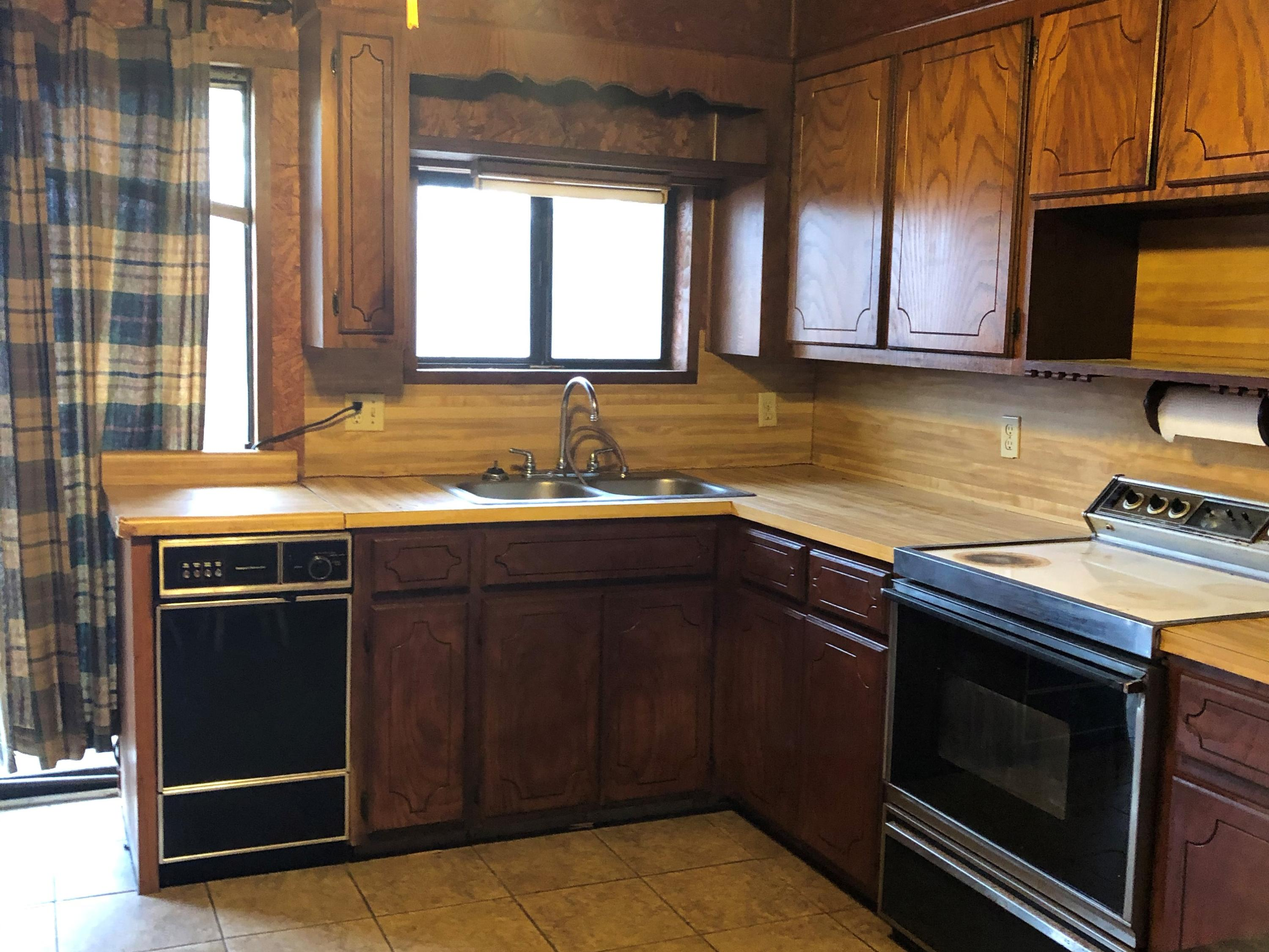 Large photo 5 of home for sale at 2088 Whorton Mountain Road, London, AR