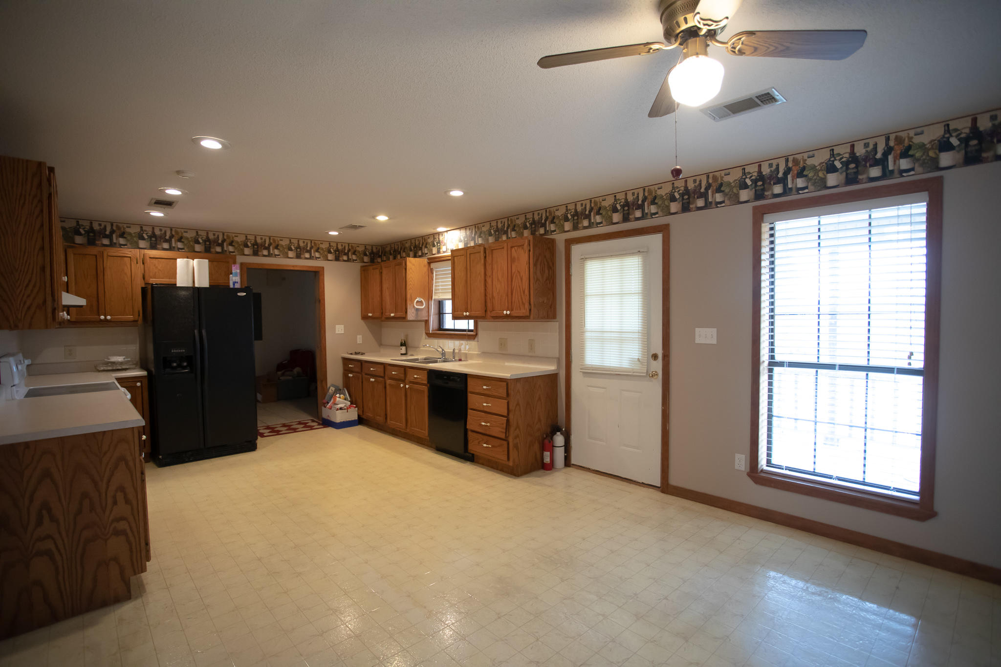 Large photo 6 of home for sale at 894 Sparksford Drive, Russellville, AR