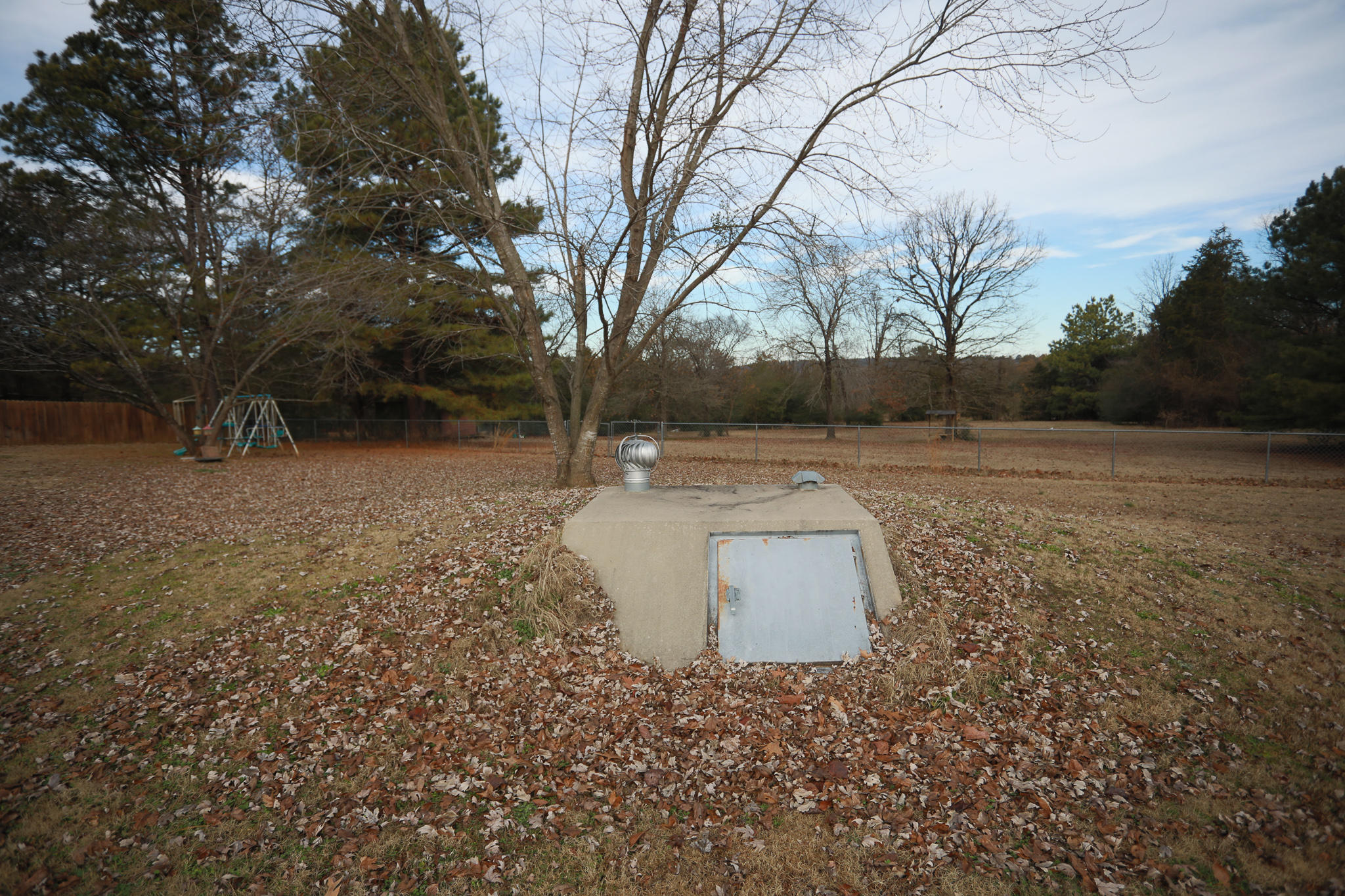 Large photo 13 of home for sale at 894 Sparksford Drive, Russellville, AR