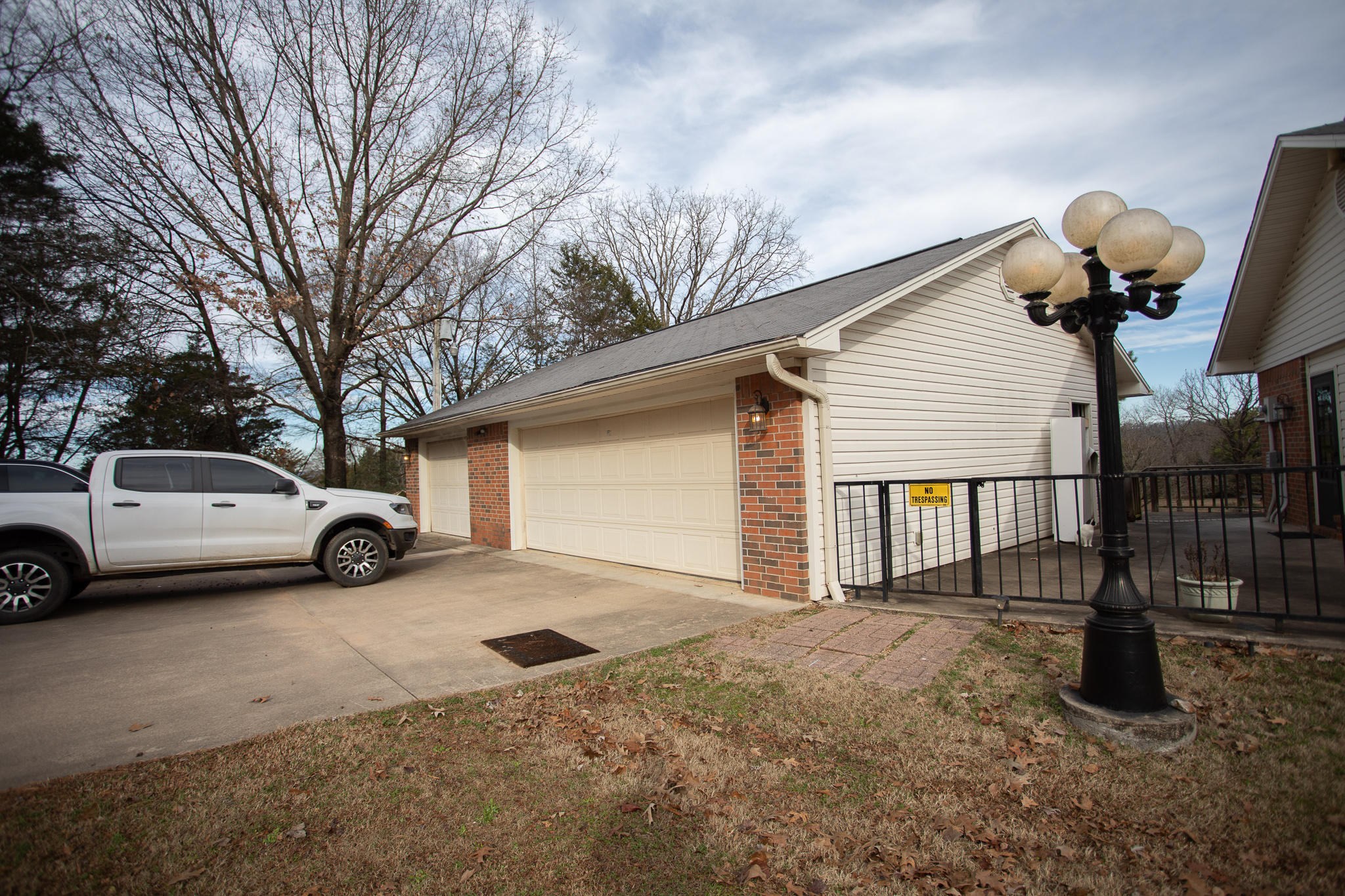 Large photo 22 of home for sale at 894 Sparksford Drive, Russellville, AR