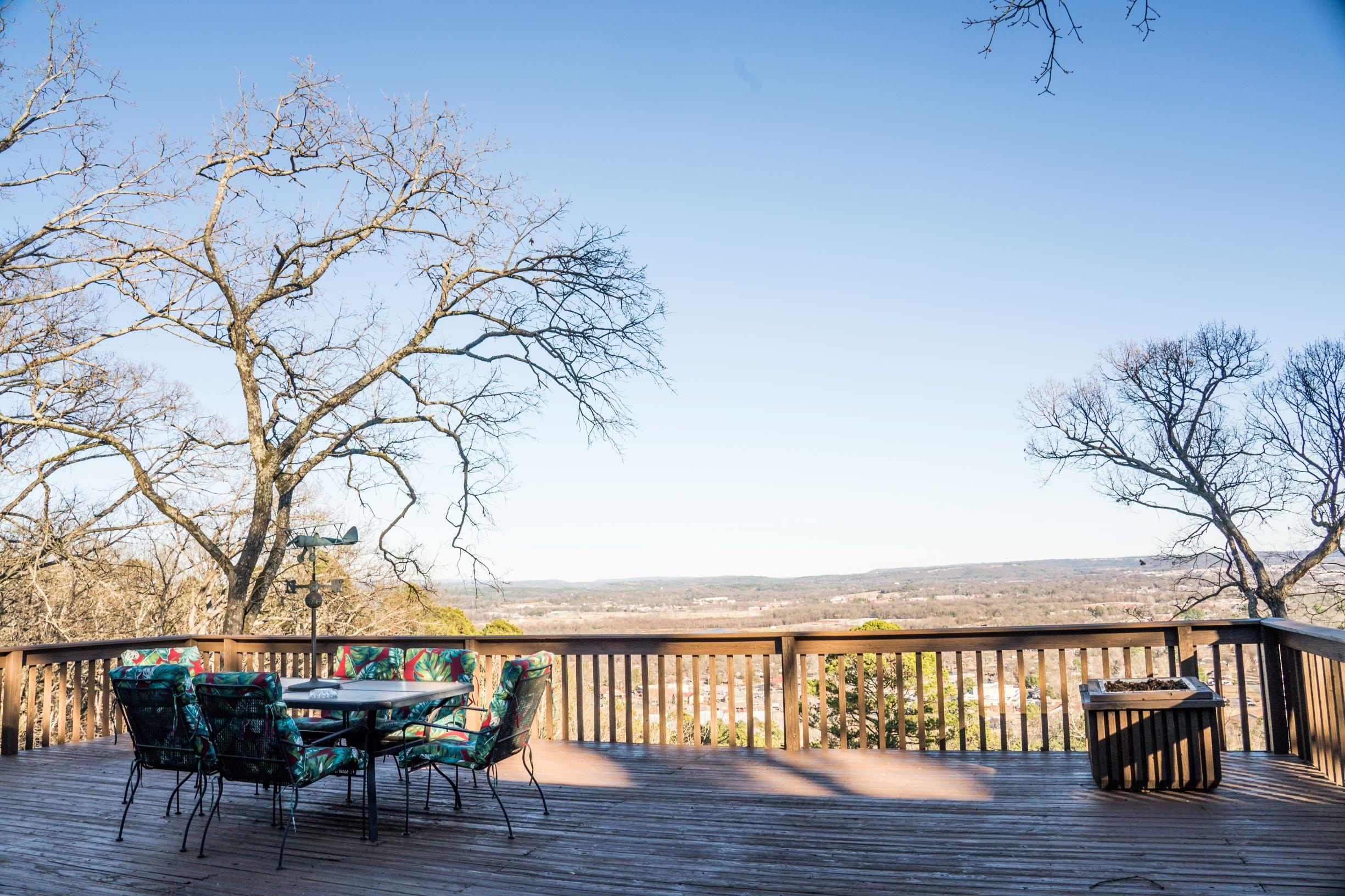 Large photo 23 of home for sale at 610 Hilltop Drive, Russellville, AR