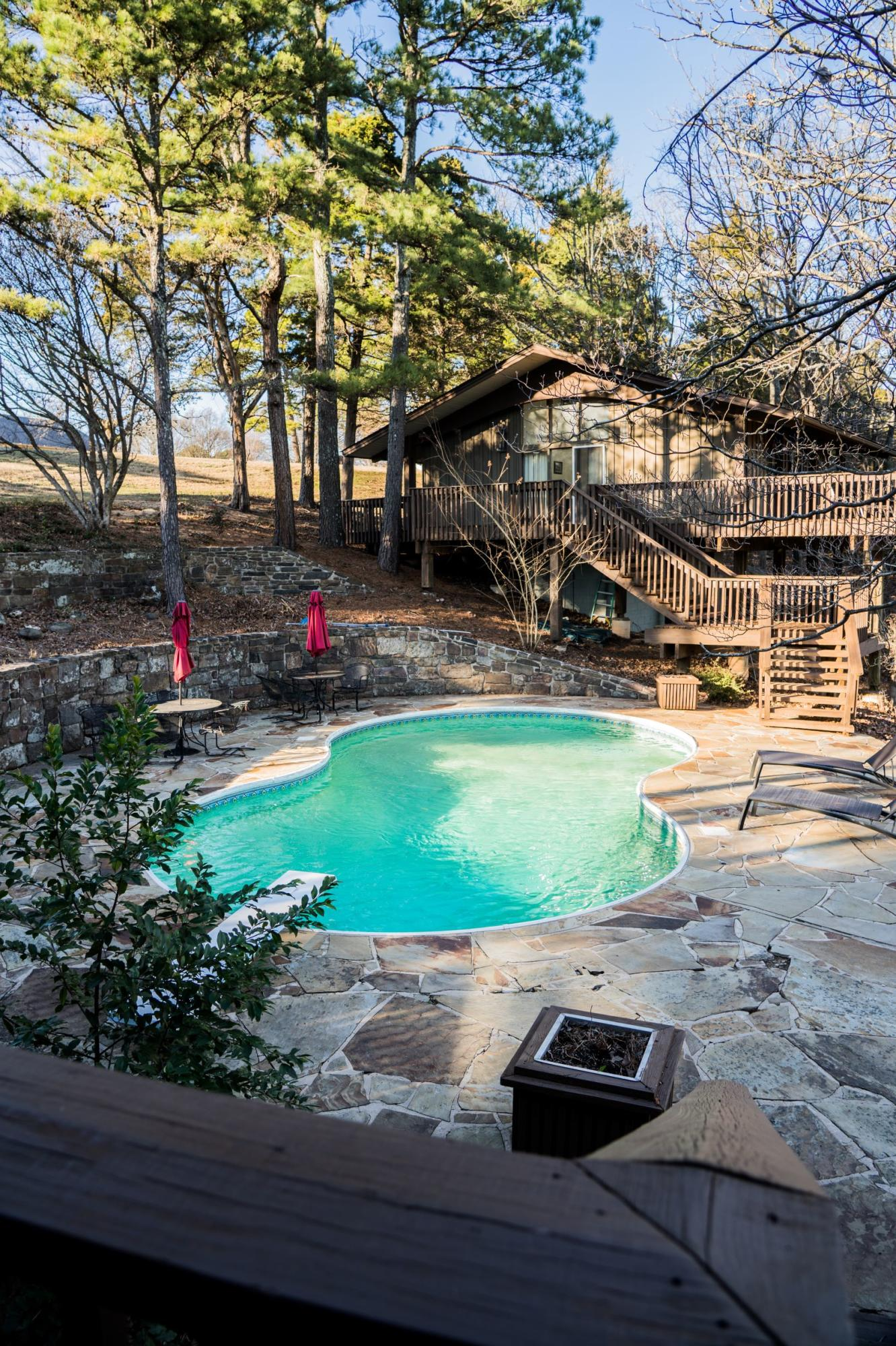 Large photo 27 of home for sale at 610 Hilltop Drive, Russellville, AR