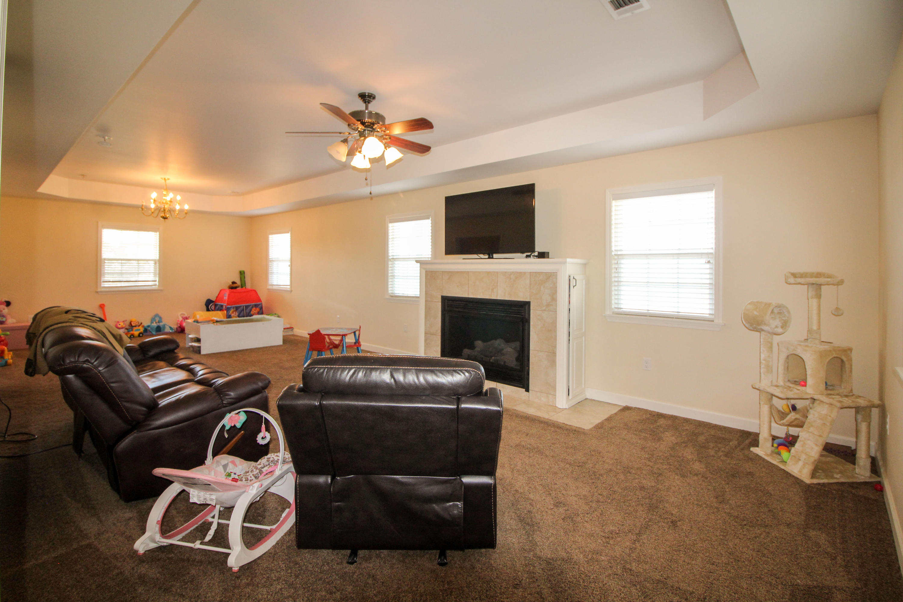 Large photo 6 of home for sale at 915 Singleton Road, Dover, AR