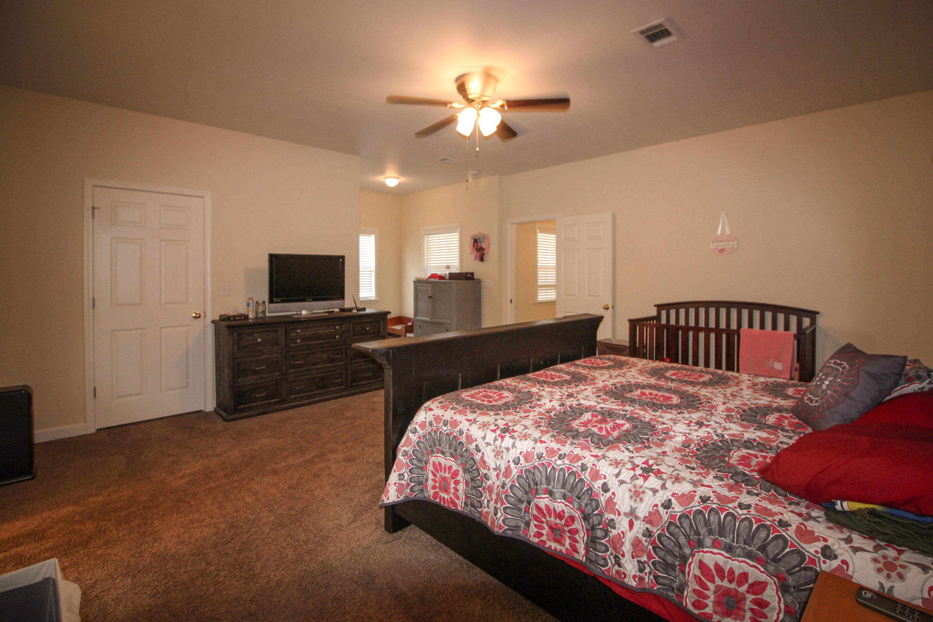 Large photo 13 of home for sale at 915 Singleton Road, Dover, AR