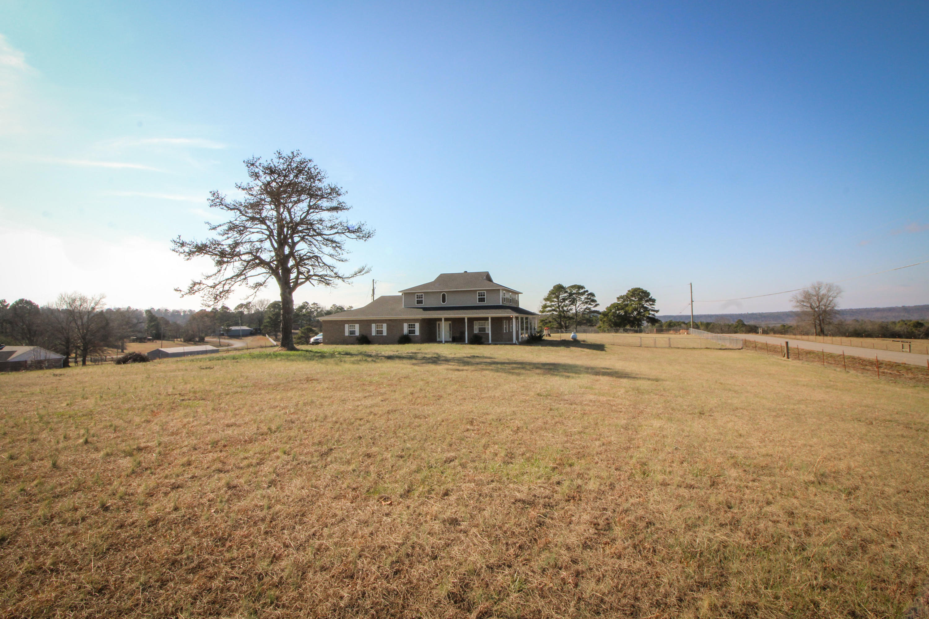 Large photo 27 of home for sale at 915 Singleton Road, Dover, AR