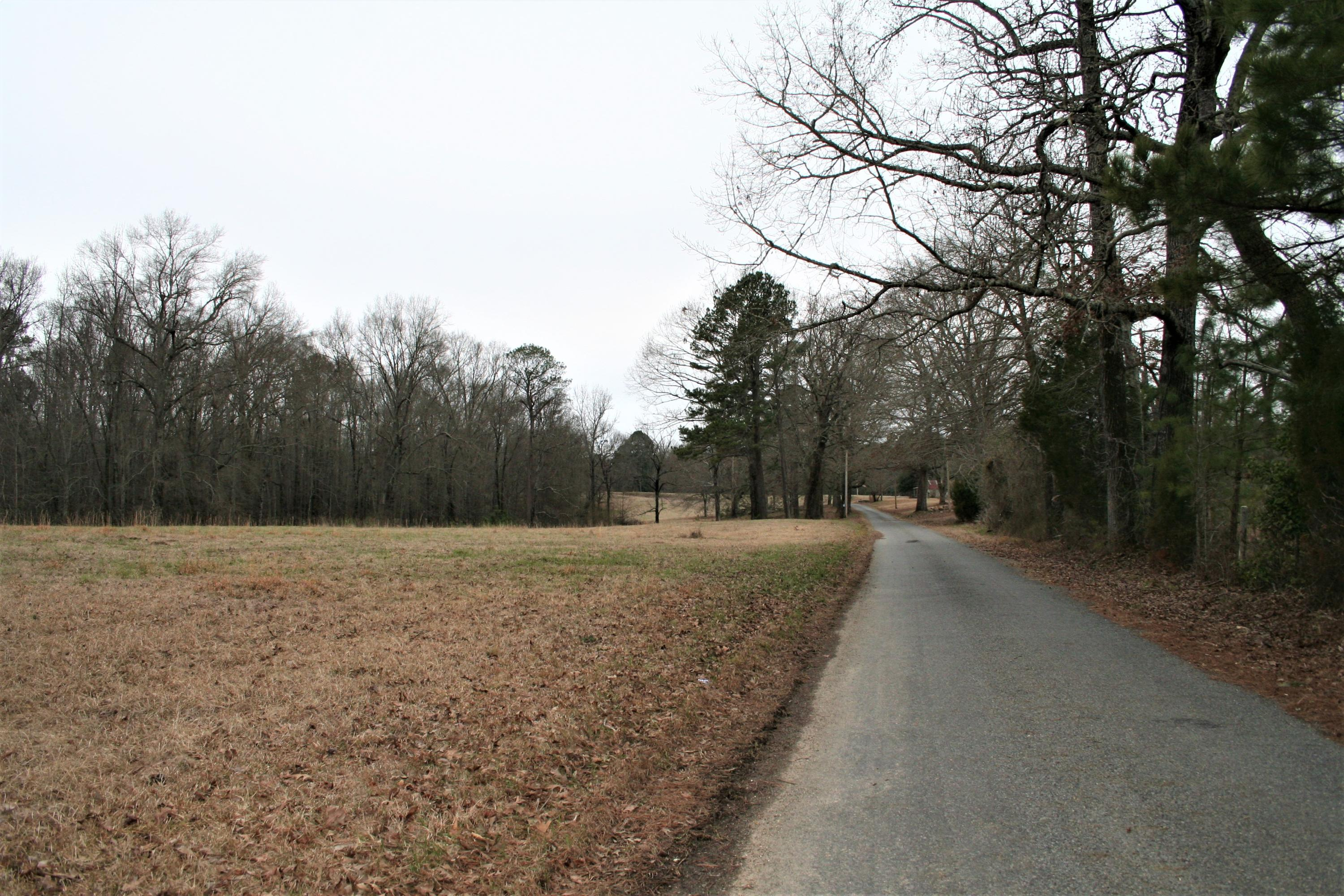 Large photo 16 of home for sale at 2888 Hendrix Road, Malvern, AR