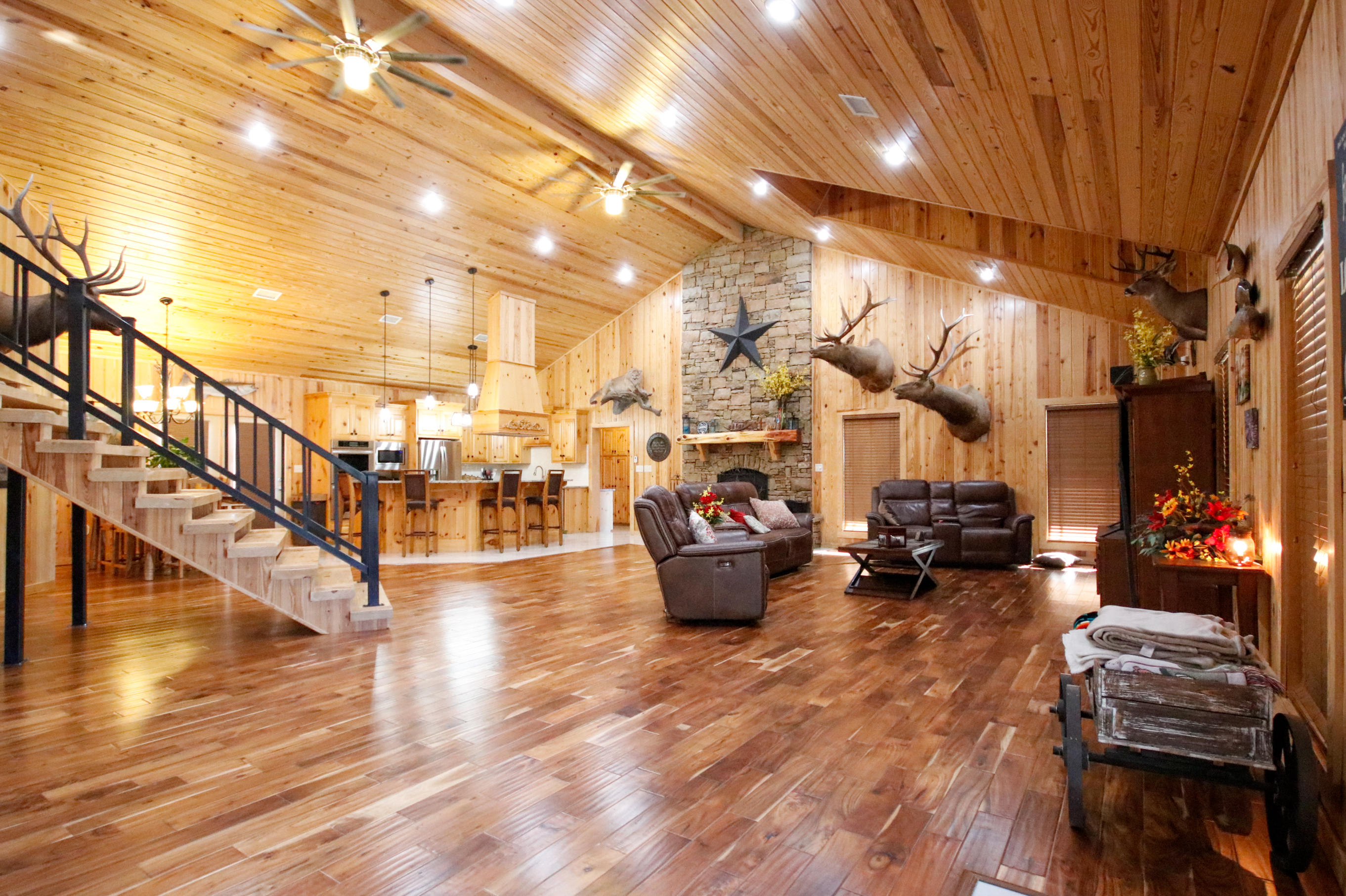 Large photo 2 of home for sale at 415 Jackson Road Road, Damascus, AR