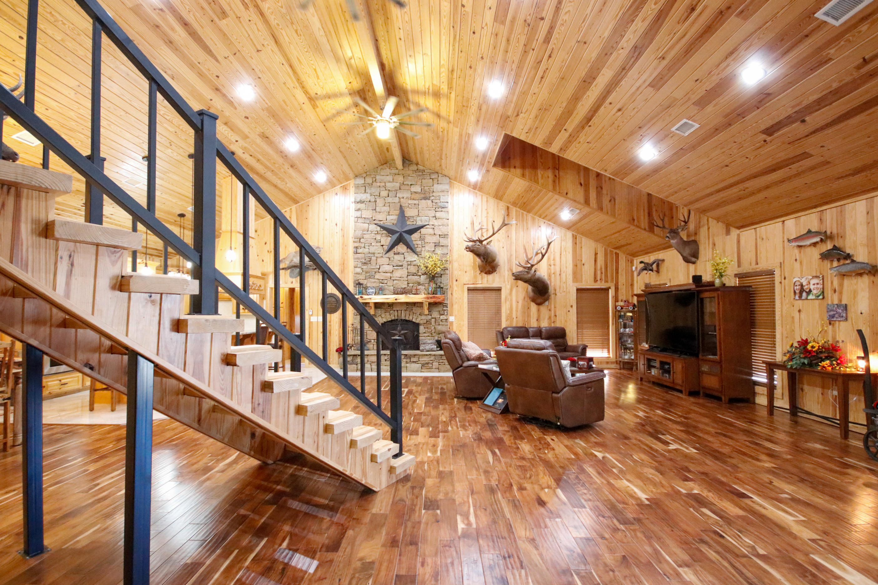 Large photo 3 of home for sale at 415 Jackson Road Road, Damascus, AR