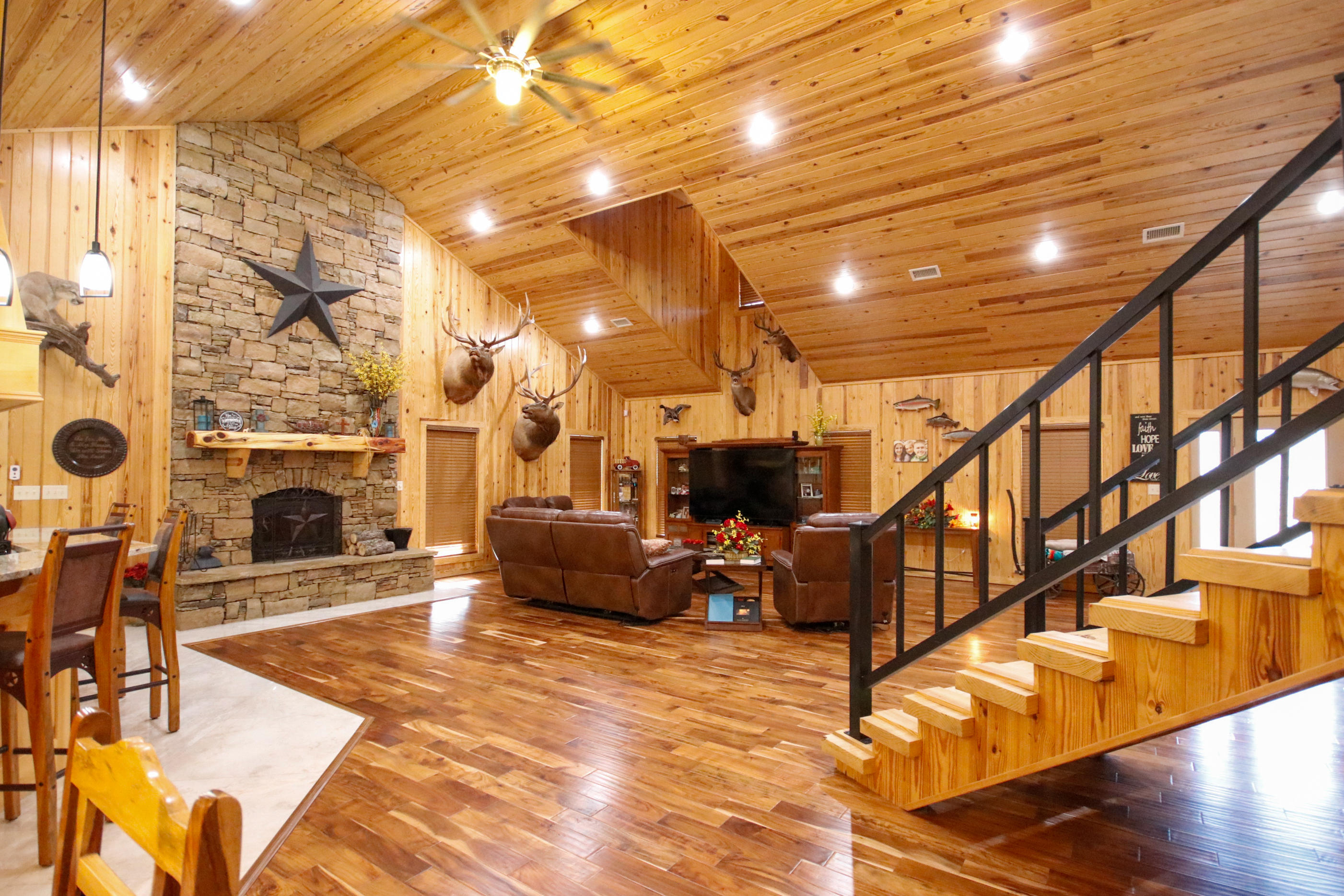 Large photo 4 of home for sale at 415 Jackson Road Road, Damascus, AR
