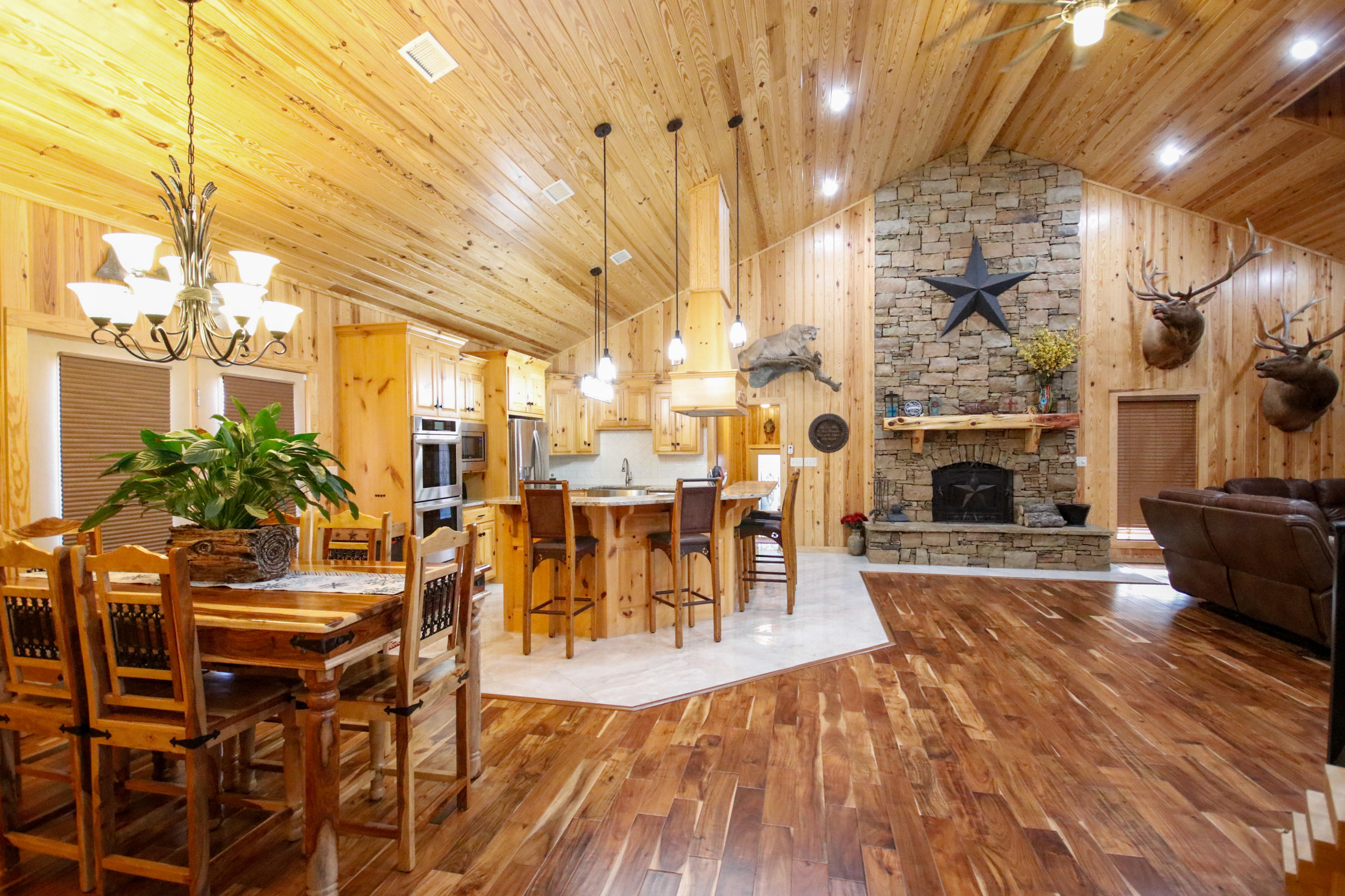 Large photo 5 of home for sale at 415 Jackson Road Road, Damascus, AR