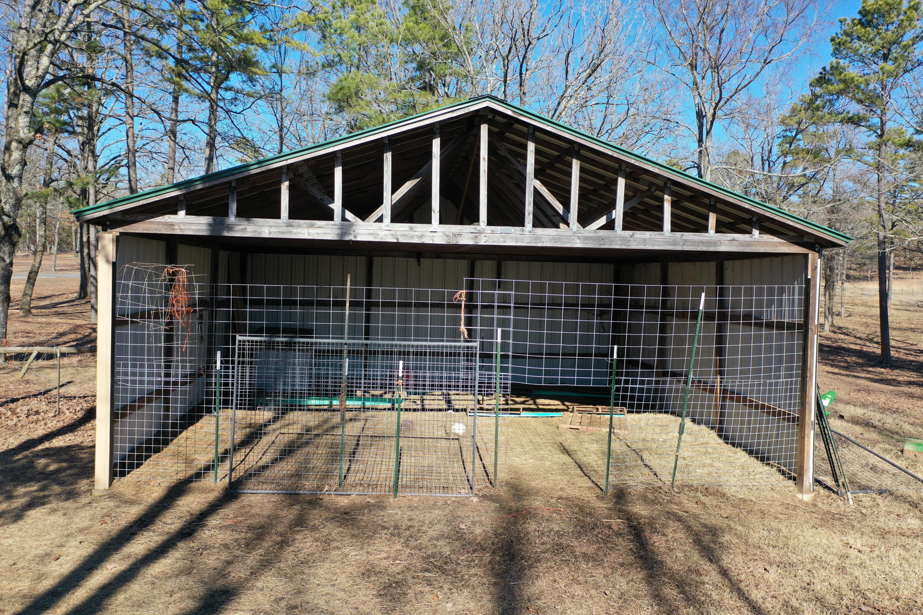 Large photo 75 of home for sale at 415 Jackson Road Road, Damascus, AR