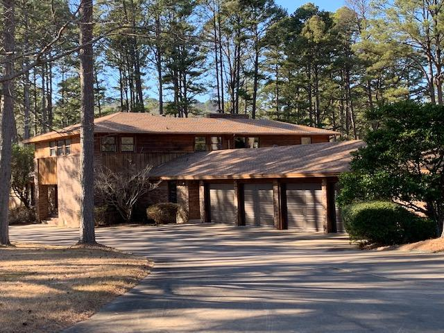 Large photo 5 of home for sale at 6 Pinecrest Drive, Russellville, AR